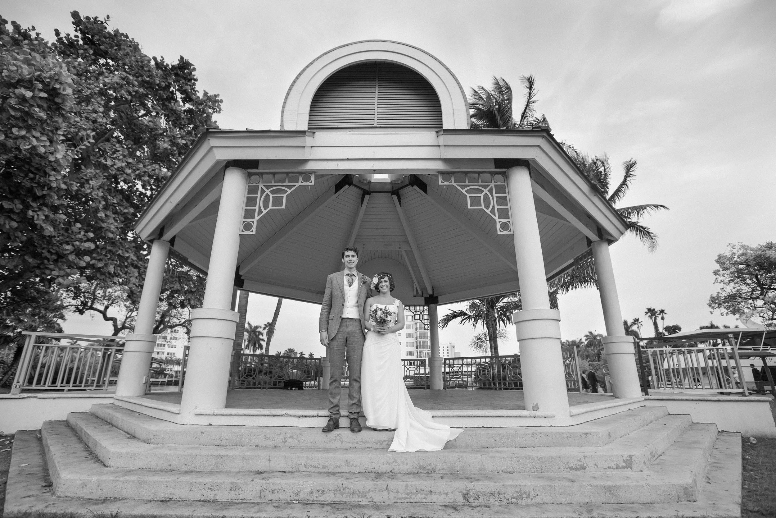 bride-groom-veterans-park-black-and-white-portrait-beautiful.jpg
