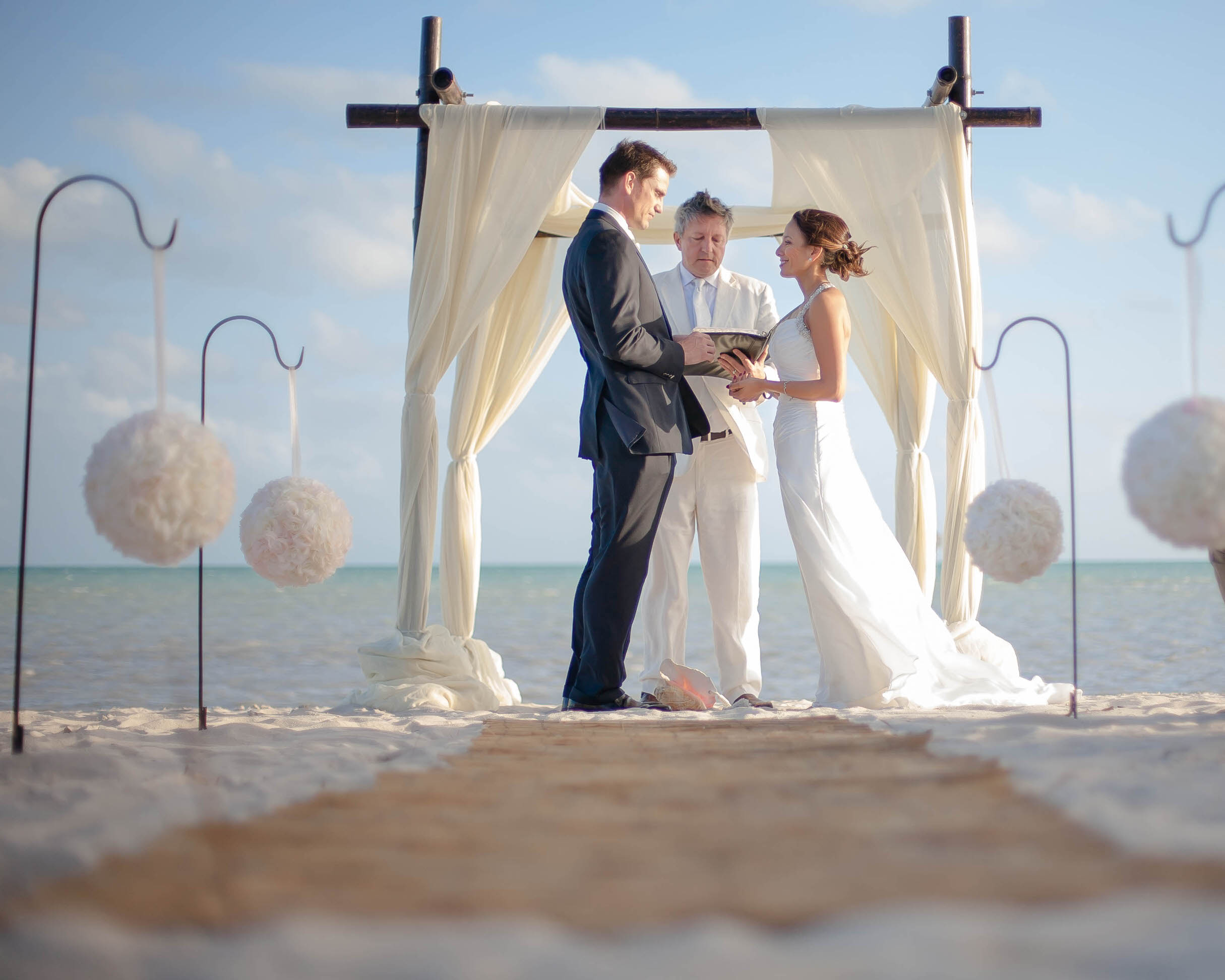florida_keys_destination_wedding_photography_tiny_house_photo_beachy.jpg