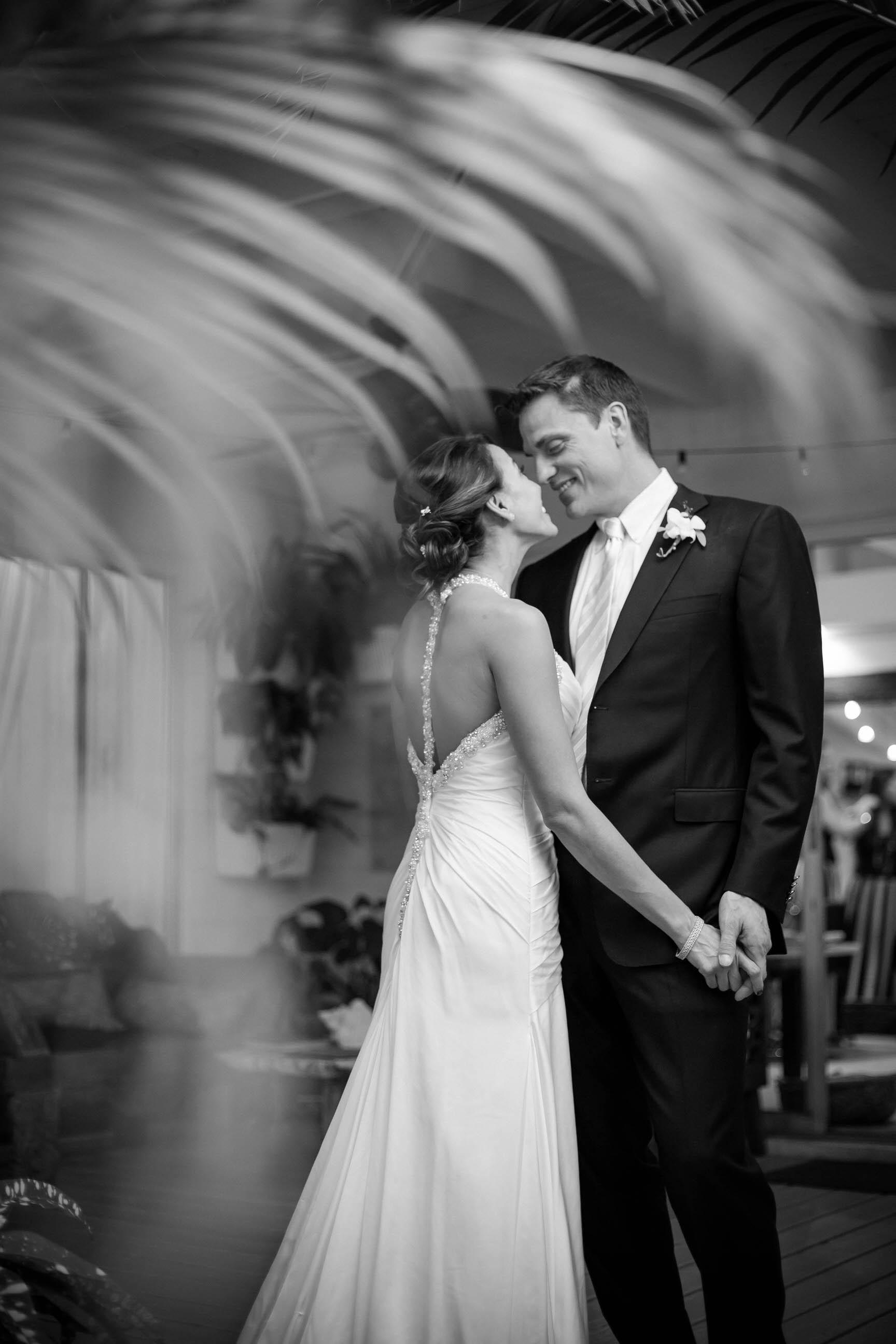 tiny_house_photo_black_and_white_wedding_photographer.jpg