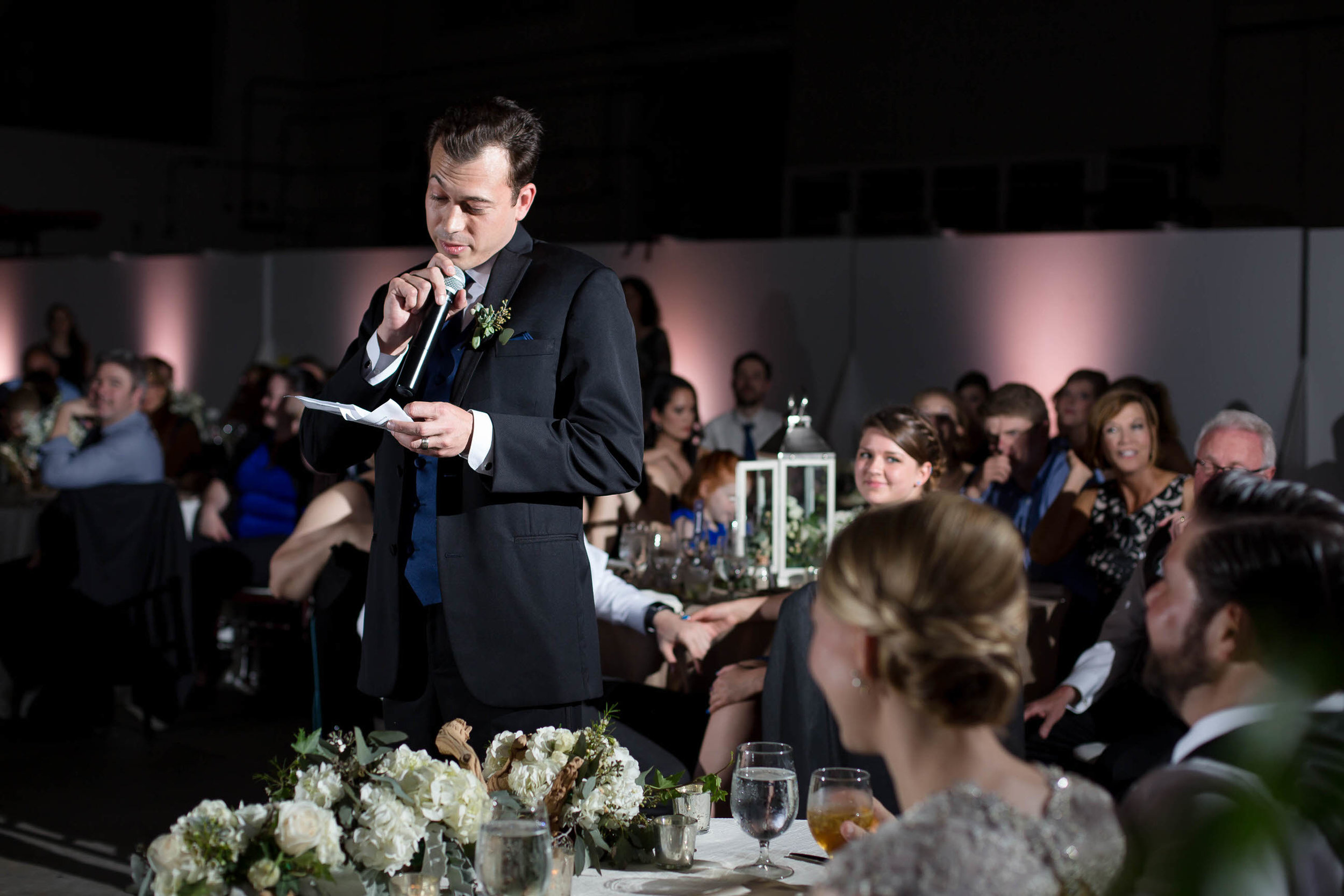 best_man_speech_epic_lighting_wedding_south_florida_photographer_tiny_house_photo.jpg