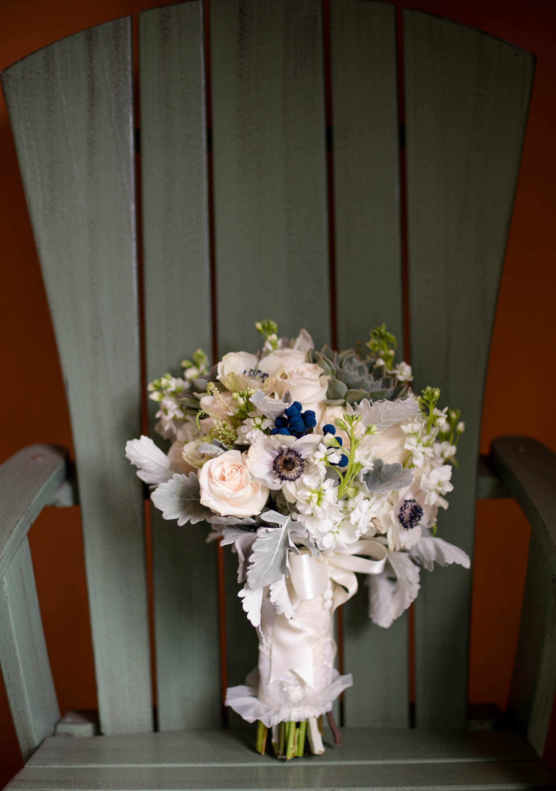 bridal_bouquet_wedding_details_tiny_house_photo_stephanie_lynn_photography.jpg