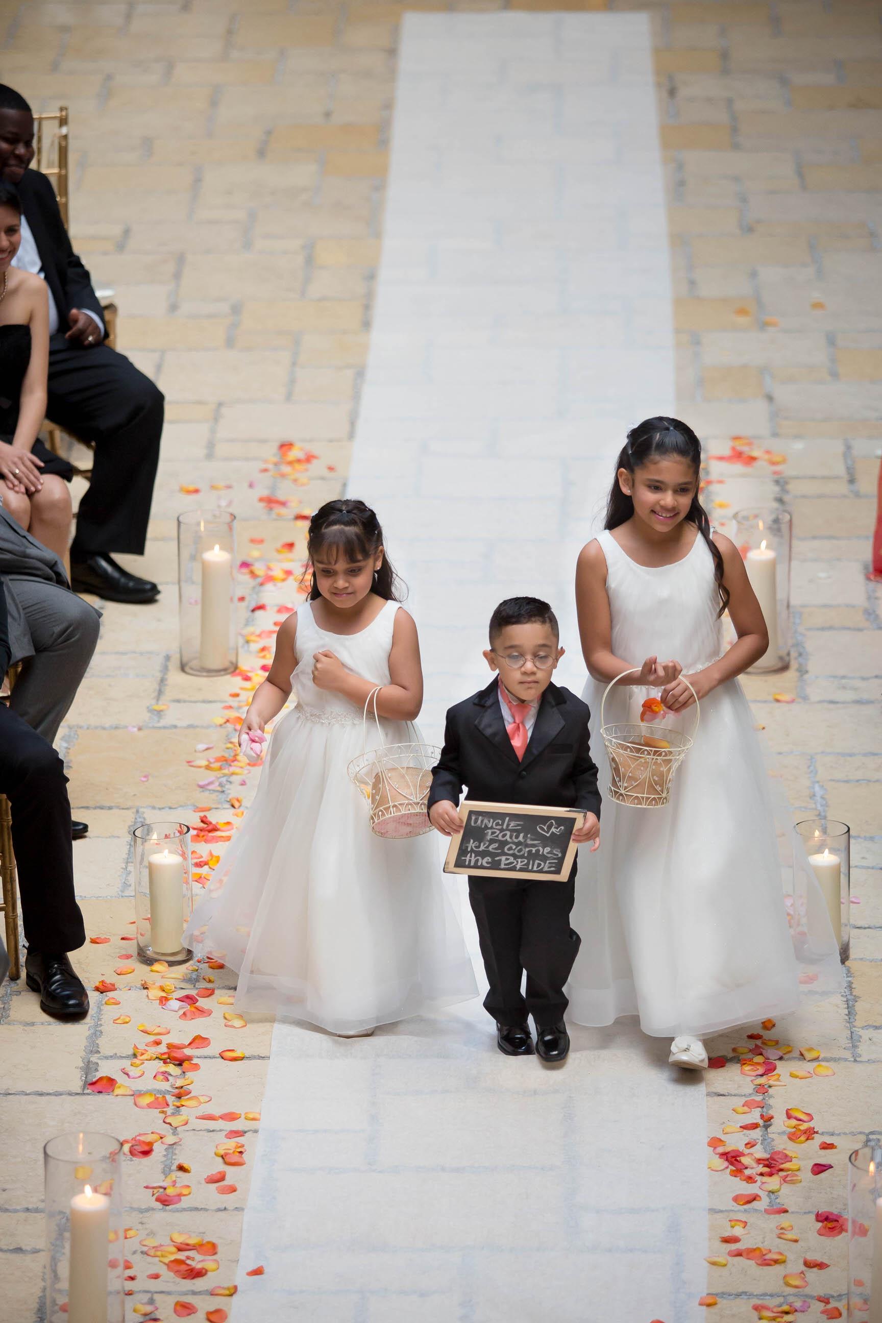 kids-at-weddings-tiny-house-photo-adorable-luxury-miami-weding-photographer.jpg