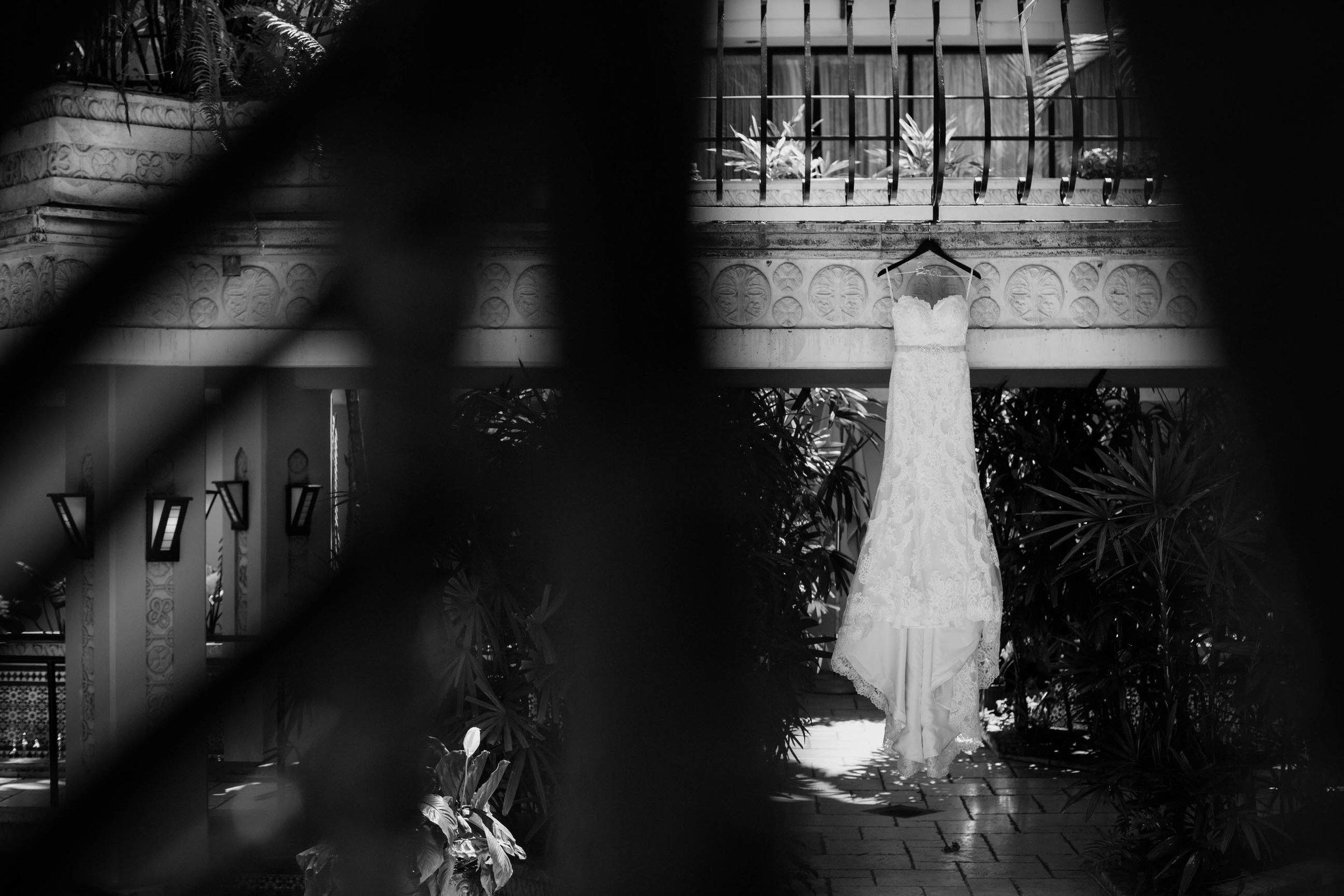 the dress 01 (1 of 1).jpg