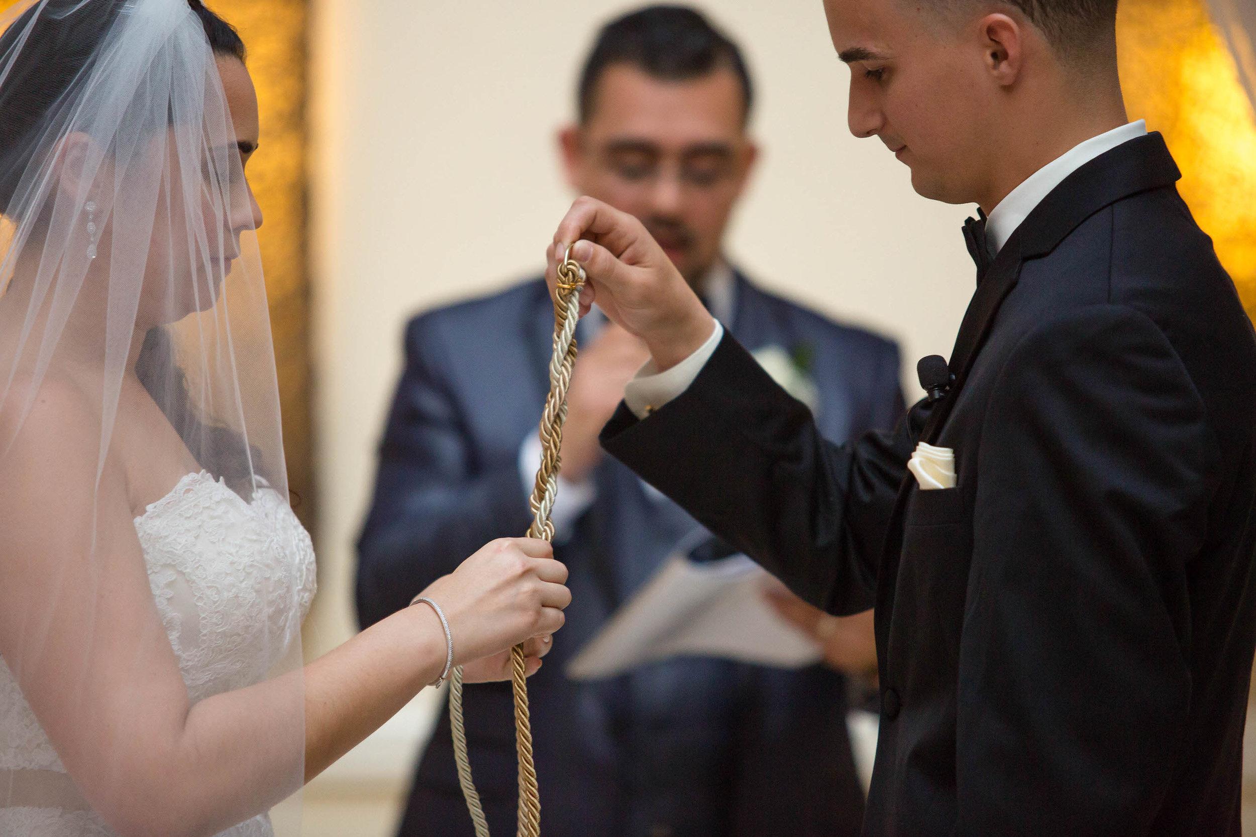 tie-the-knot-mayfair-professional-wedding-photographer-tiny-house-photo.jpg