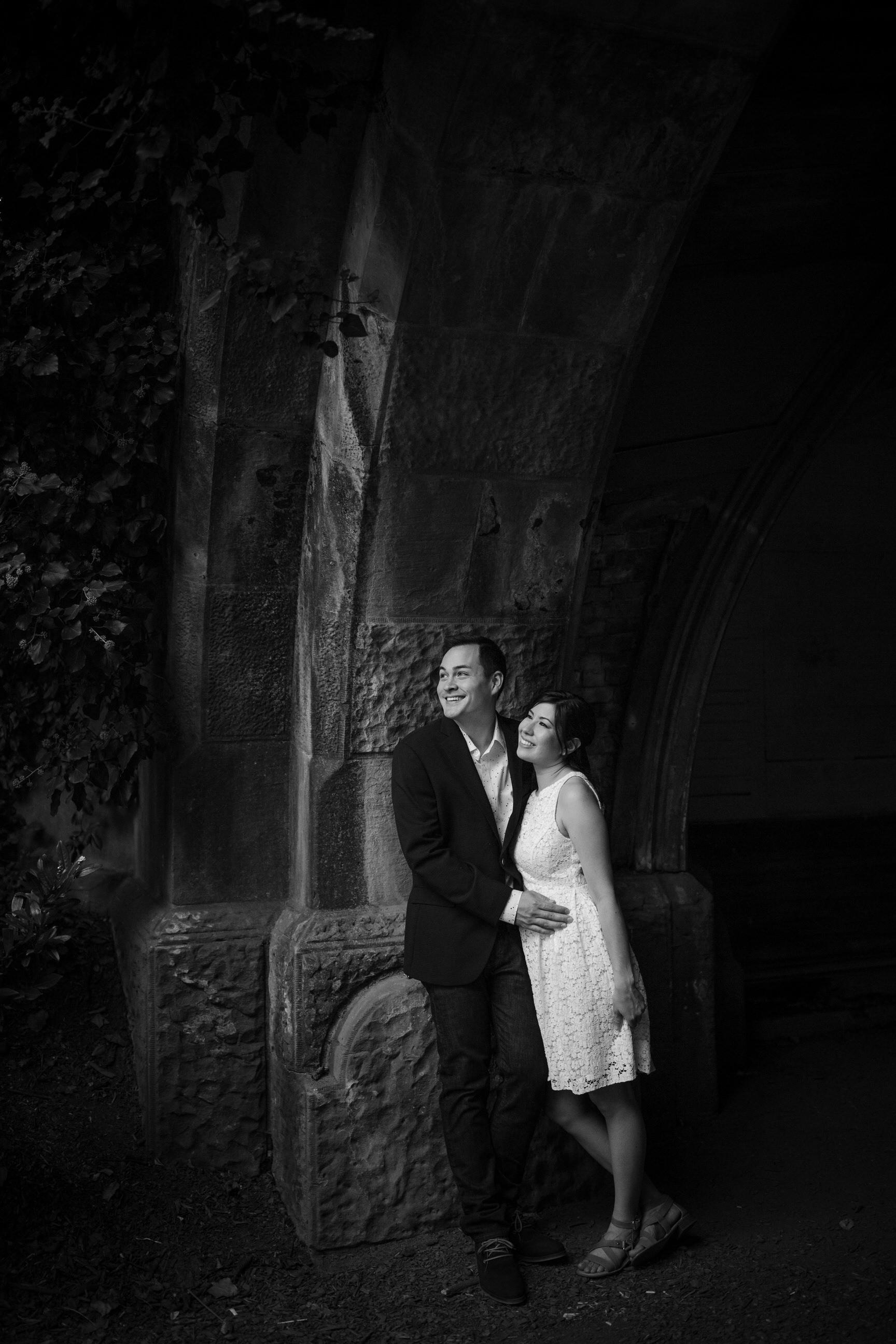 black_and_white_timeless_engagement_portraits_tiny_house_photo_love_emotion_international_wedding_photographer.jpg