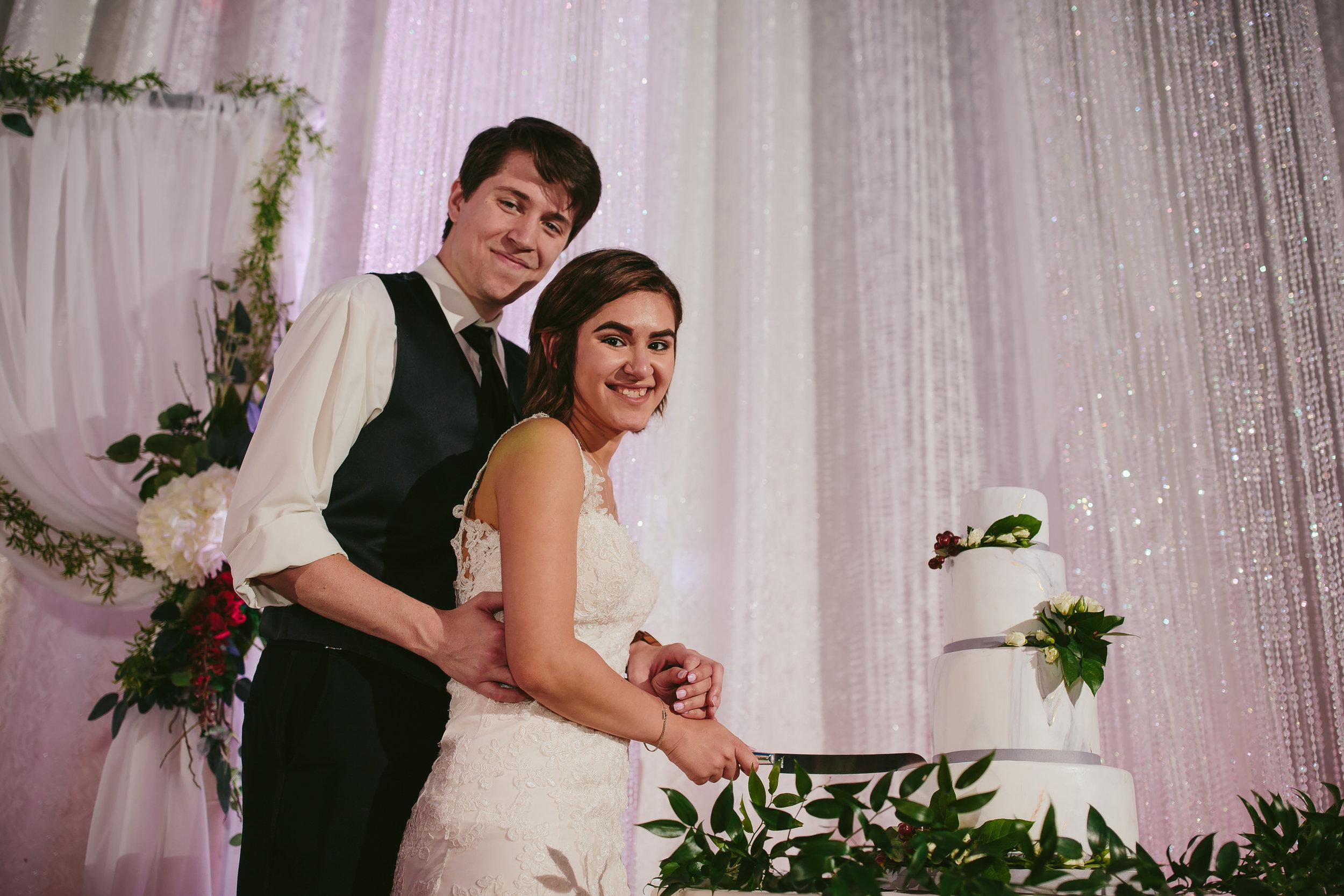 cut_the_cake_tiny_house_photo_fun_wedding_photography.jpg