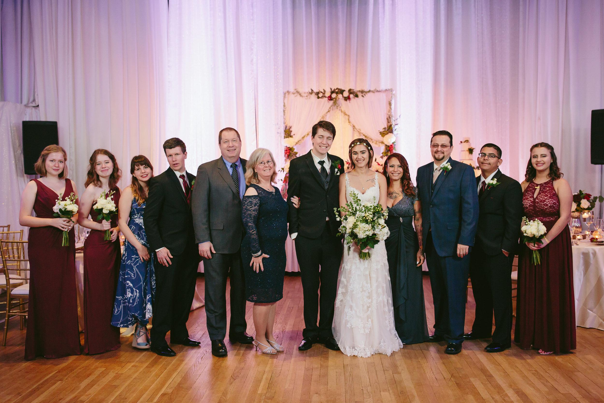 family_formals_tiny_house_photo_best_wedding_photographer.jpg