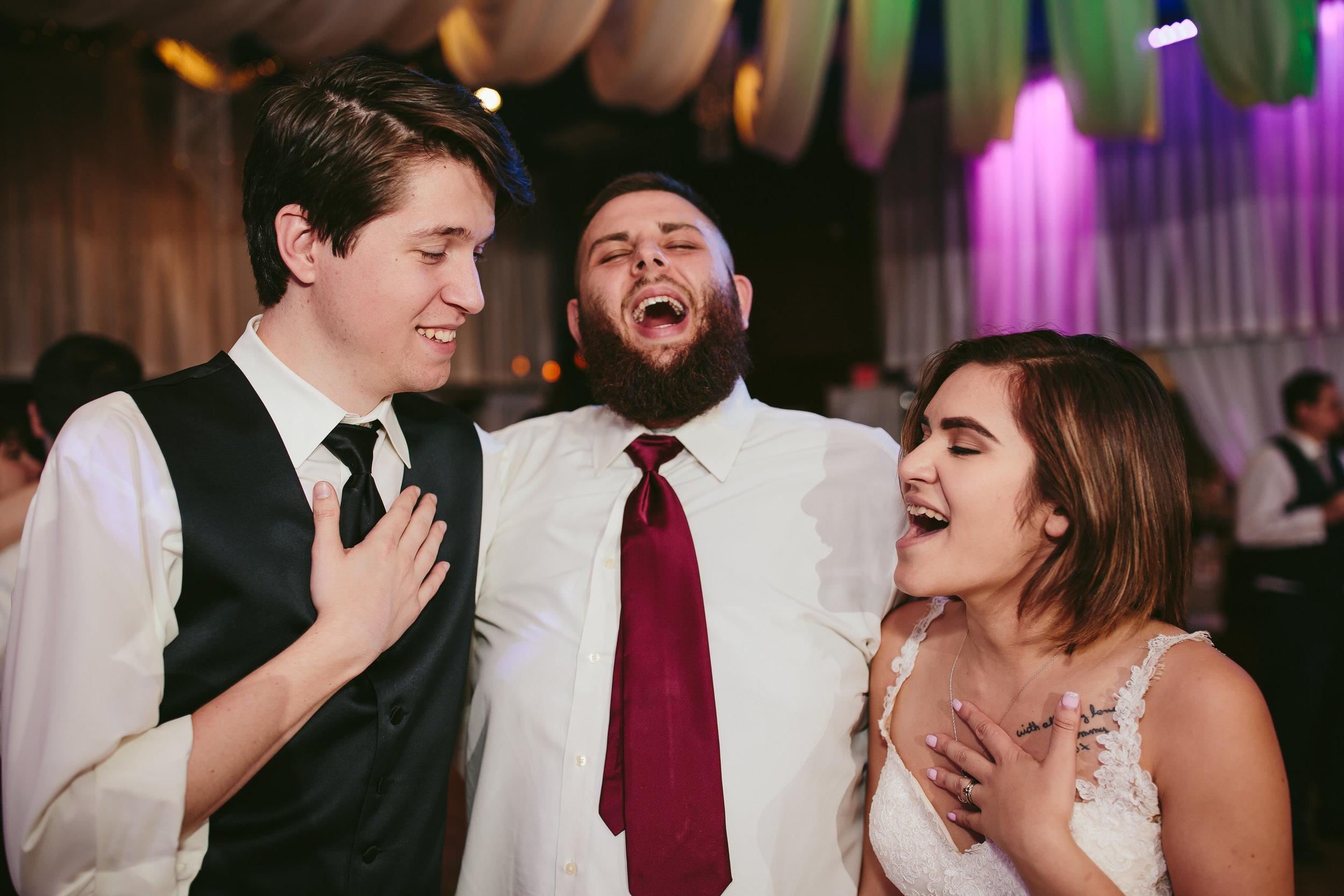 laugh_sing_moments_wedding_photography_tiny_house_photo.jpg