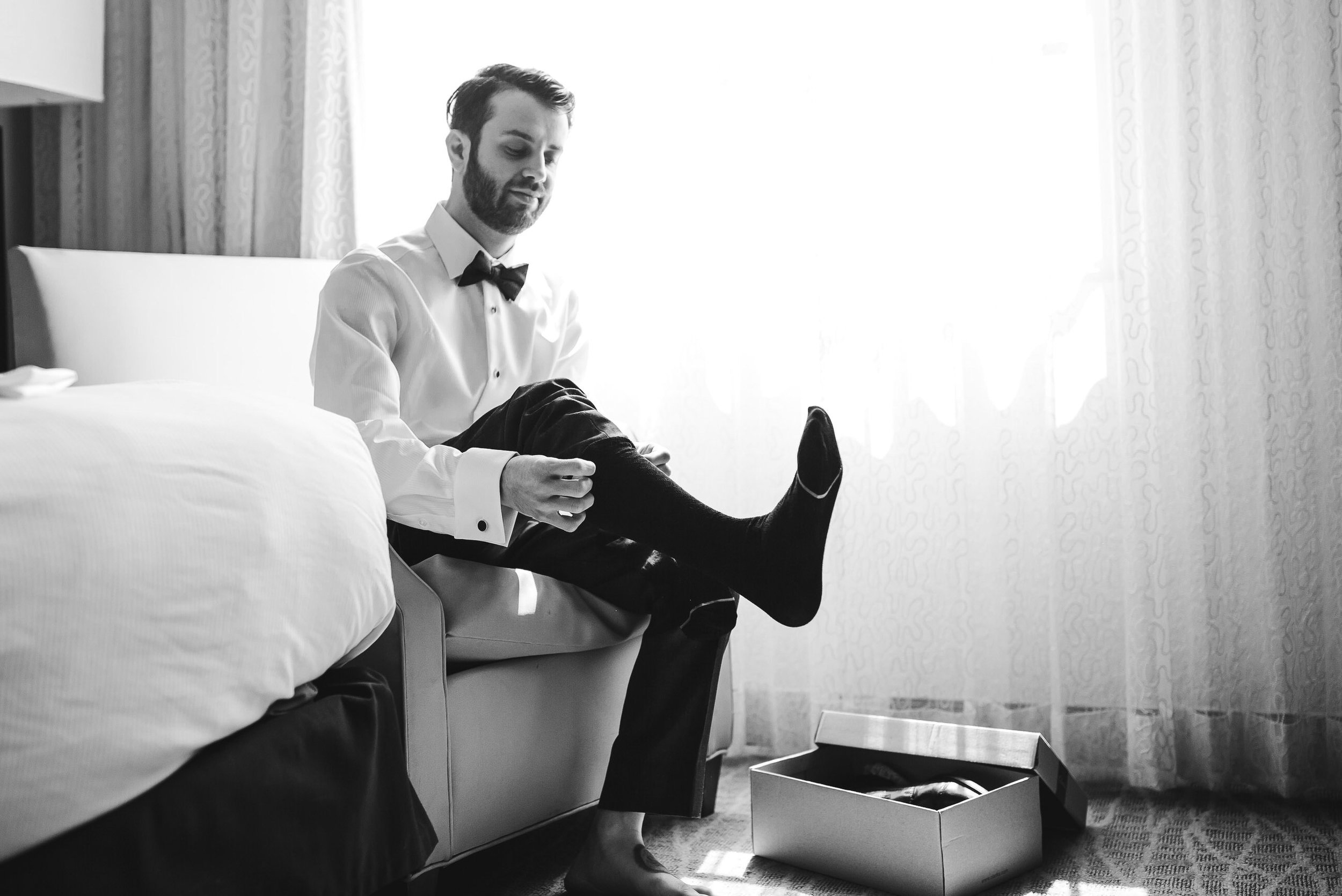 groom-getting-ready-seattle-wedding-photographer-42.jpg