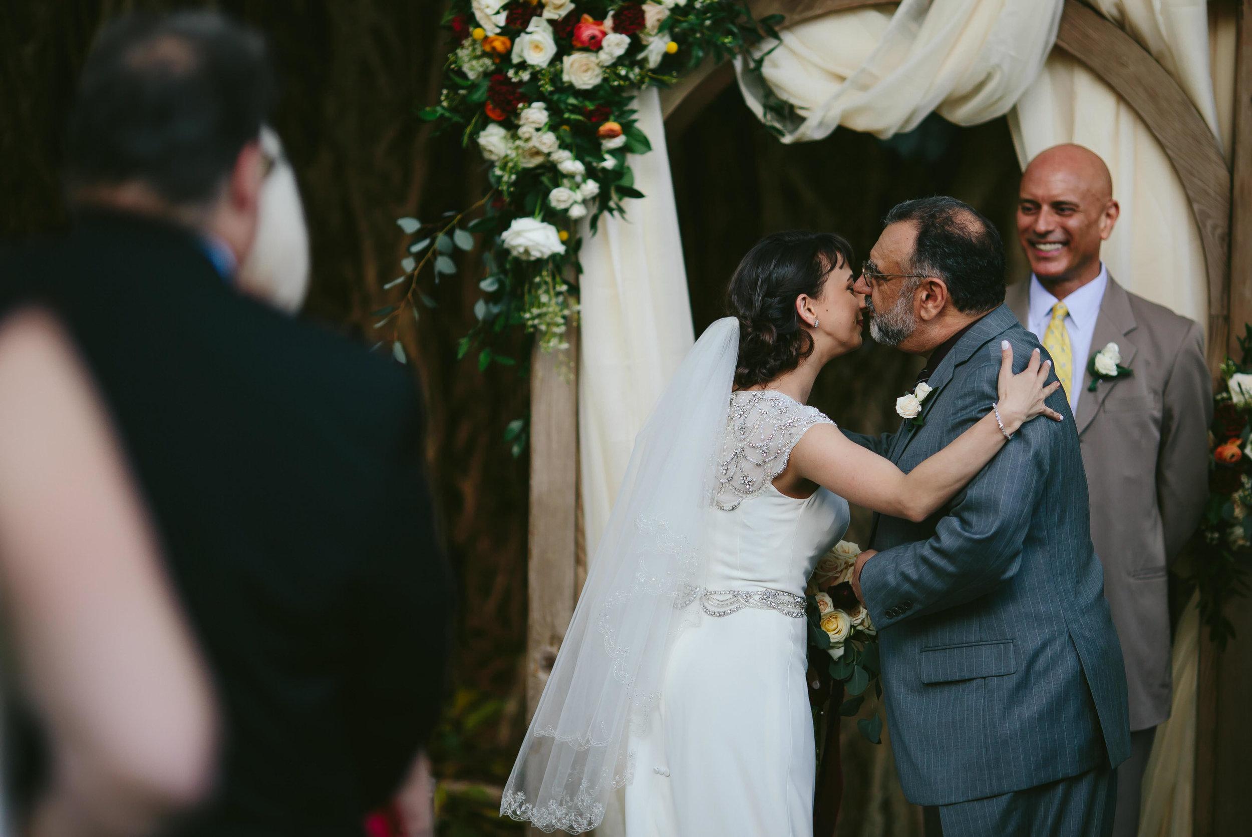 moments-wedding-photographer-tiny-house-photo.jpg