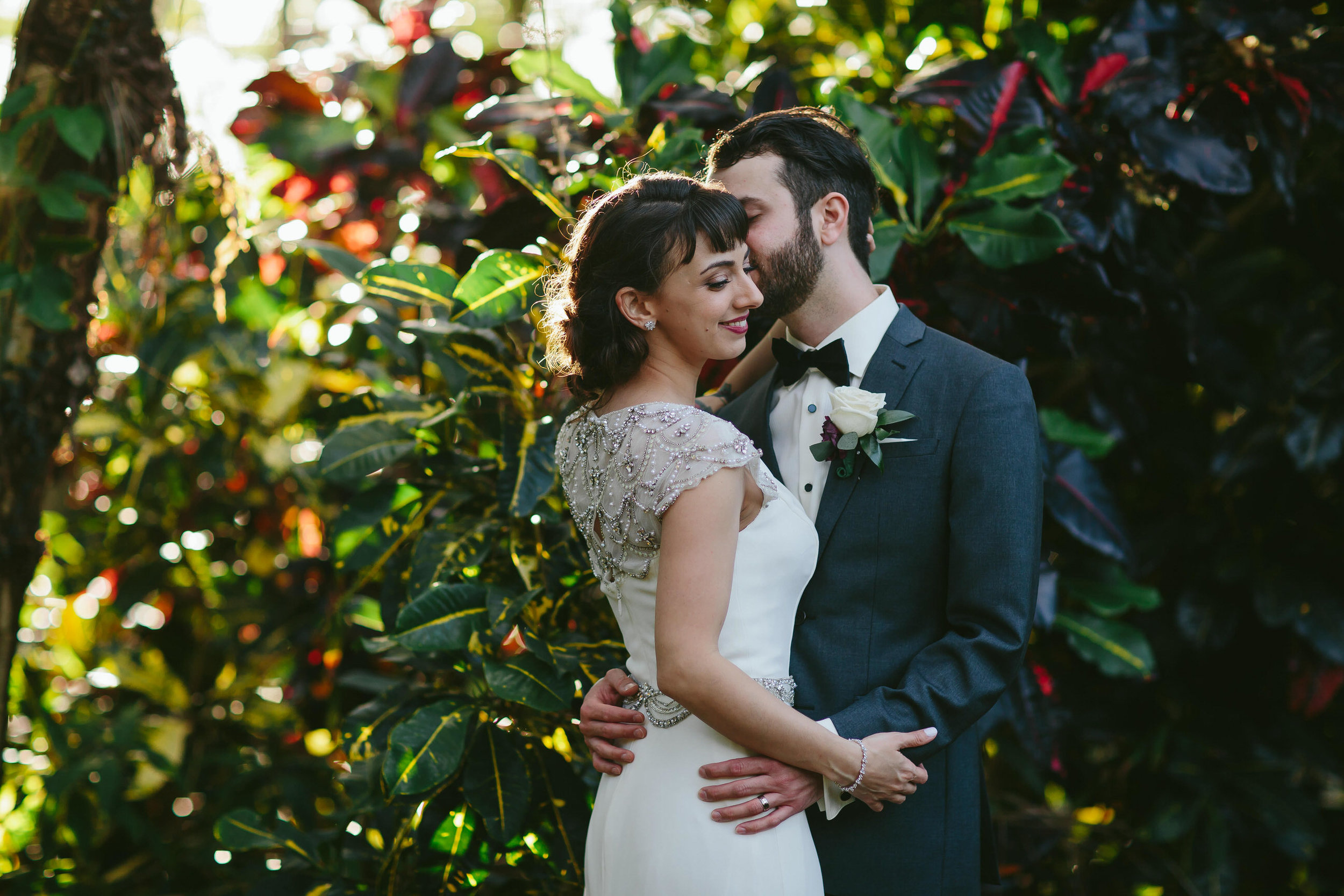 tiny-house-photo-gorgeous-wedding-portraits.jpg