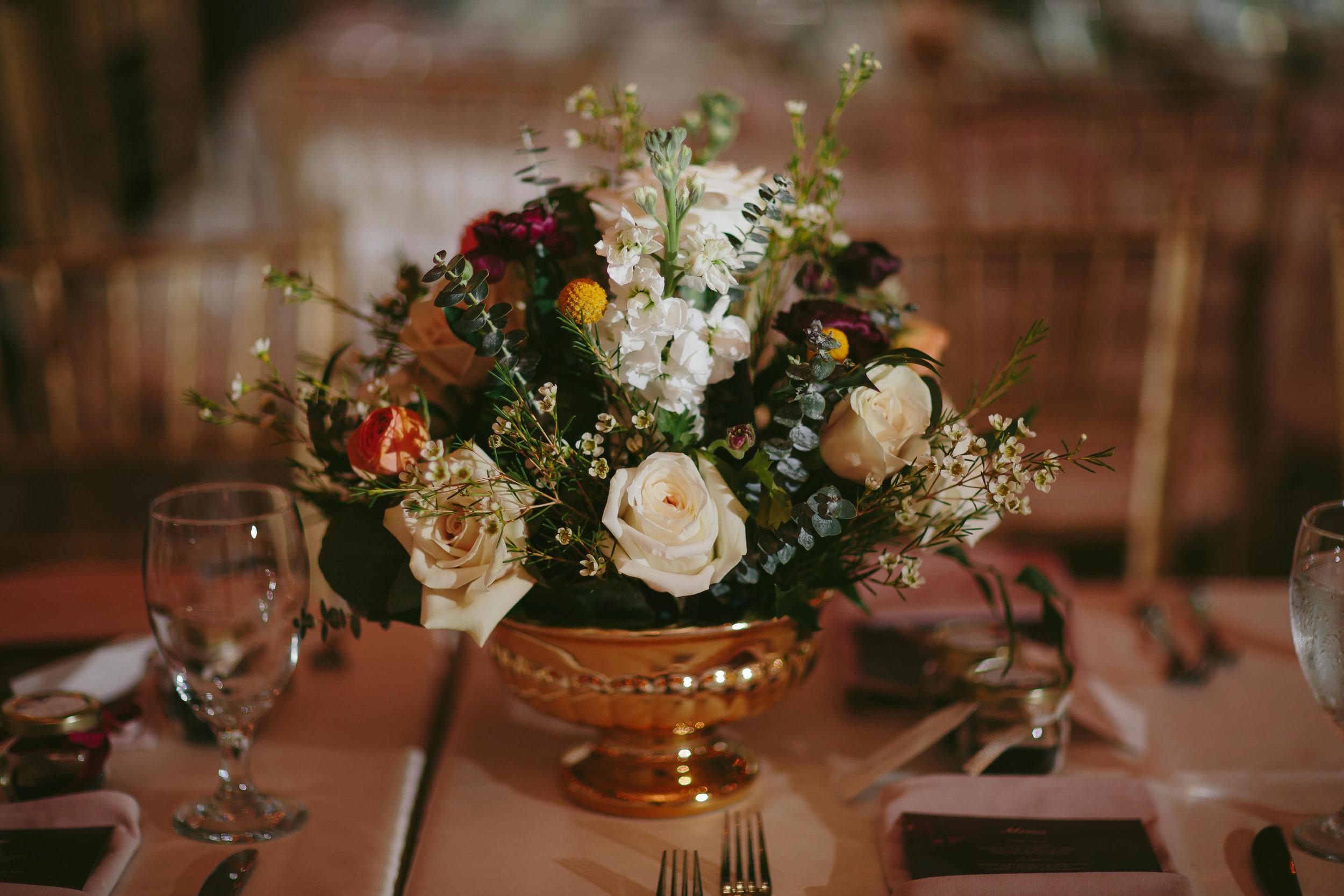 floral-arrangements-tables-flamingo-gardens-wedding-details-tiny-house-photo-florida-wedding-photographer.jpg