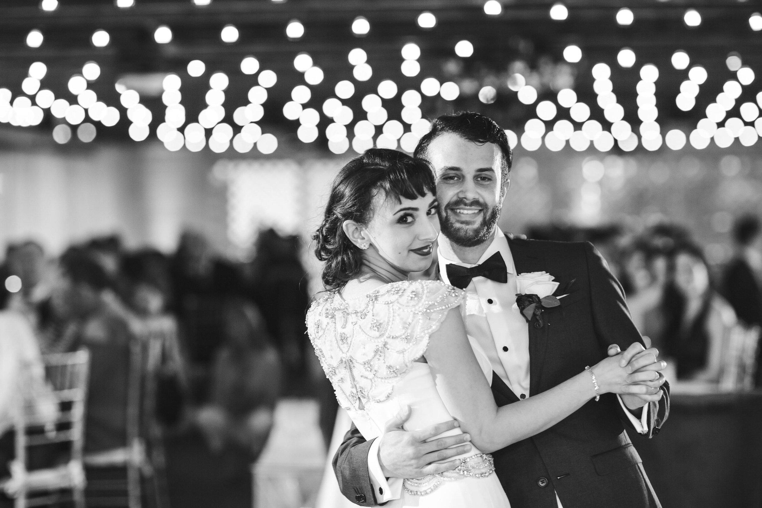 first-dance-beautiful-couple-wedding-photography-tiny-house-photo.jpg