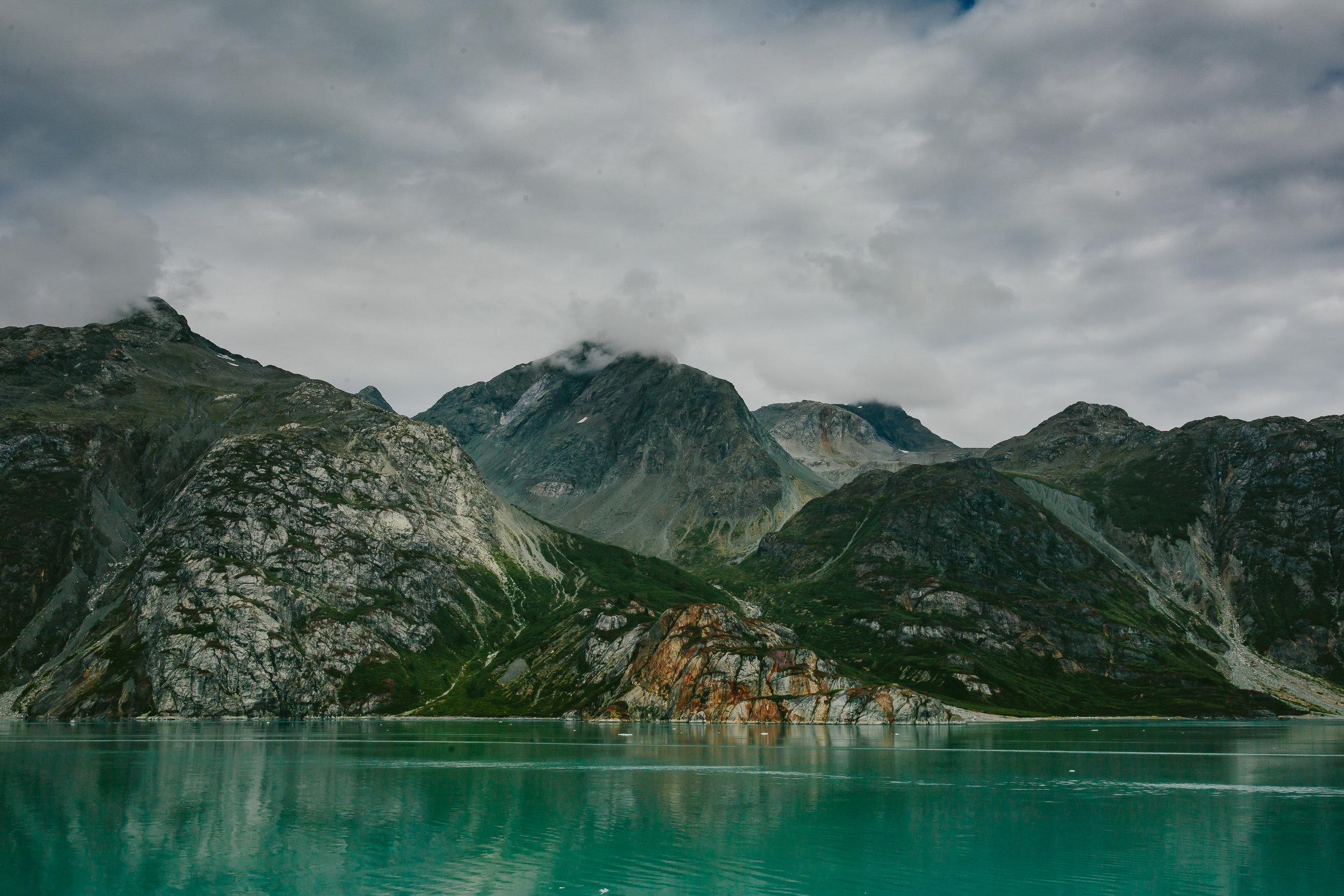 beautiful_landscapes_alaska_tiny_house_photo-1.jpg