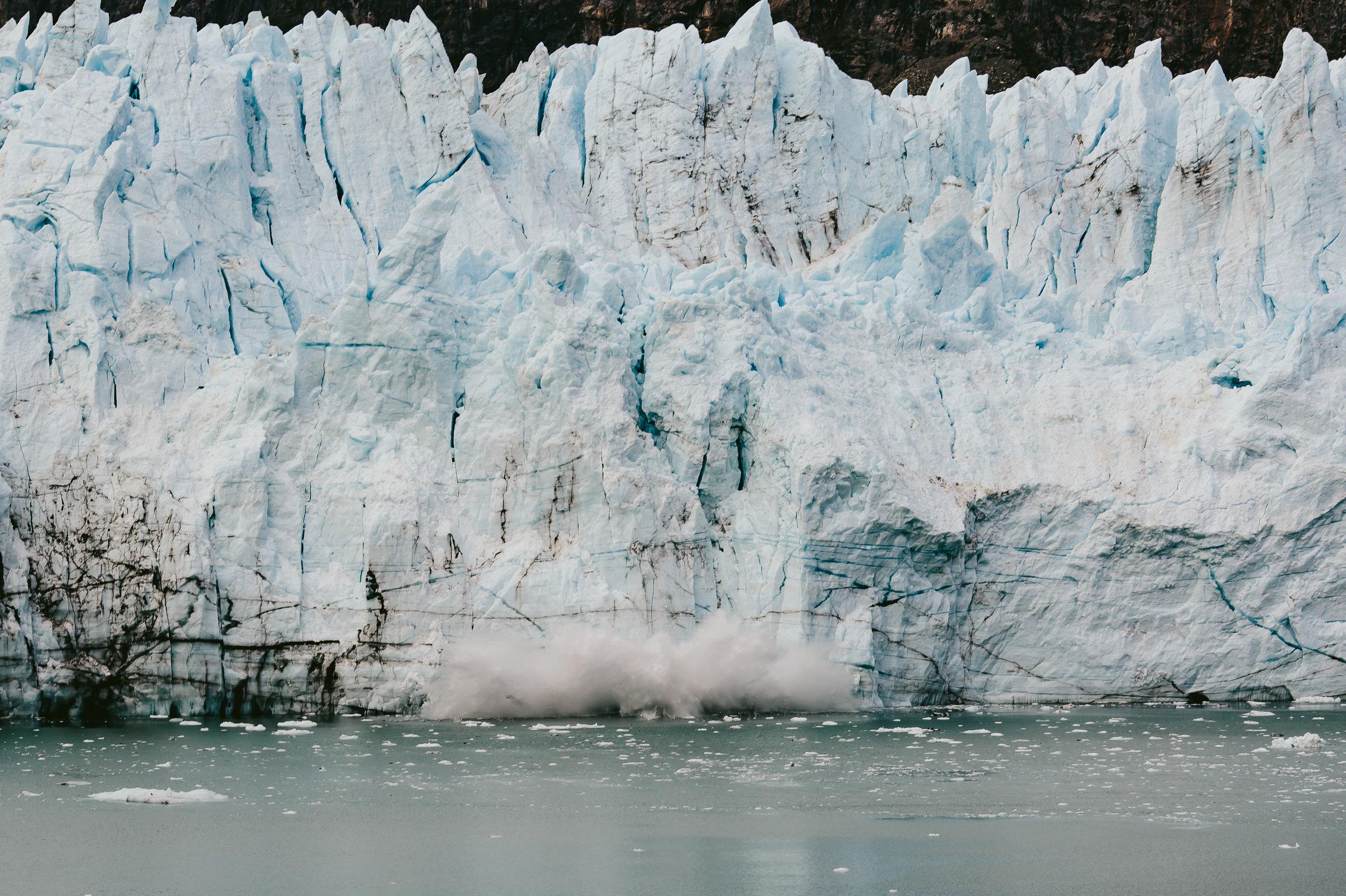 glacier_cracking_tiny_house_photo_vacation_alaska-1.jpg