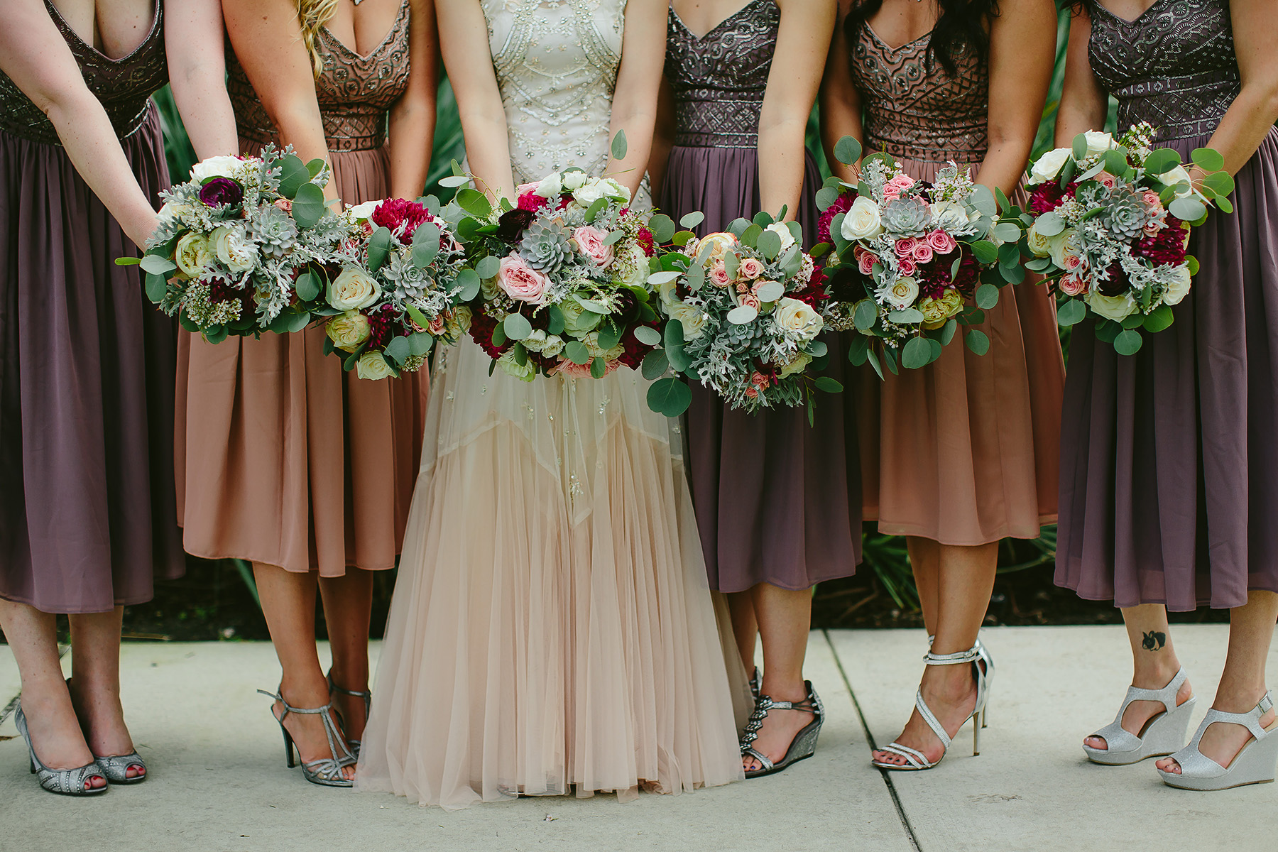 miami-wedding-photographer-bridesmaids-bouquets-flowers-beautiful-pink-dresses-photography.jpg