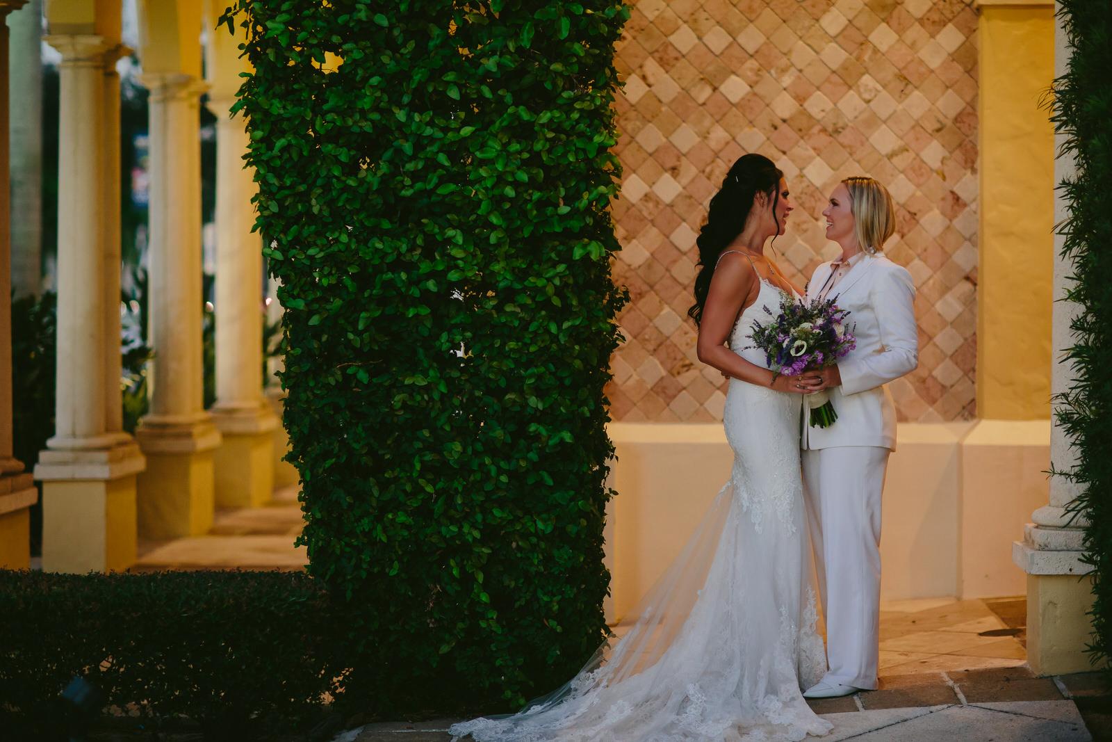 brides_in_love_lesbian_love_story_tiny_house_photo_lgbtq_wedding_photographer.jpg