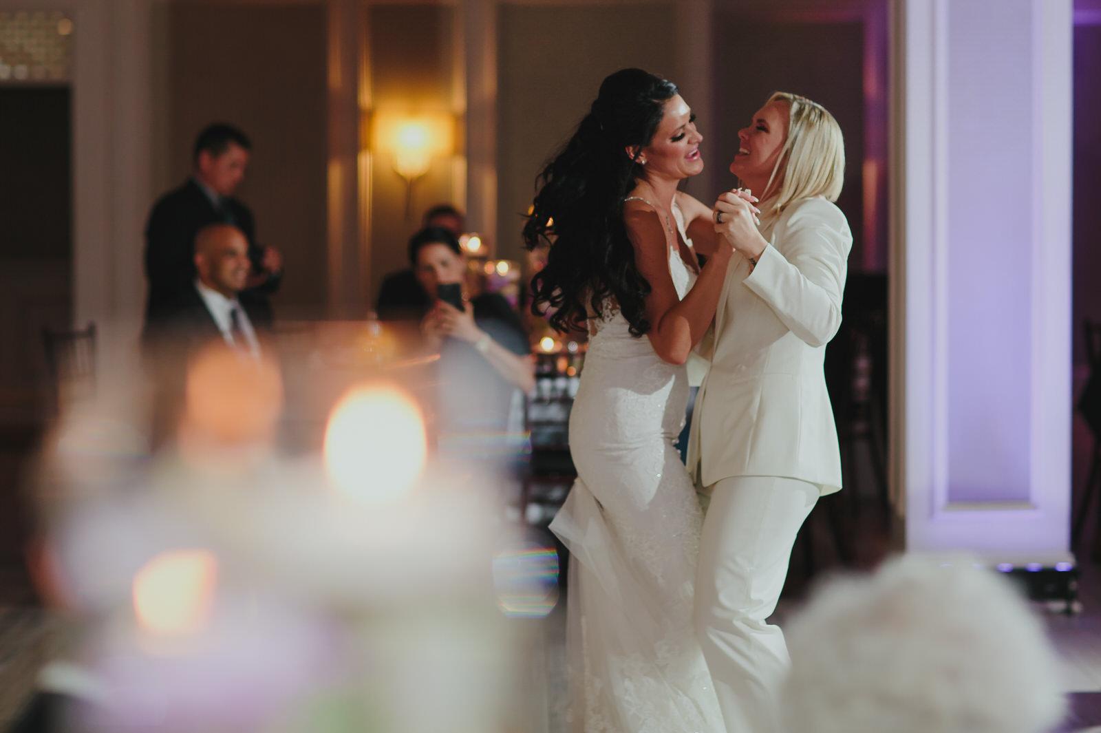 first_dance_brides_the_addison_wedding_photography_stephanie_lynn.jpg