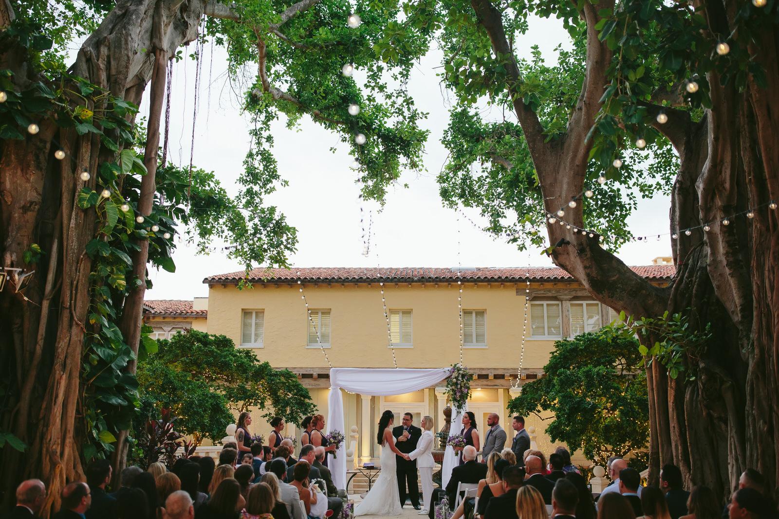 florida_wedding_photographer_tiny_house_photo.jpg
