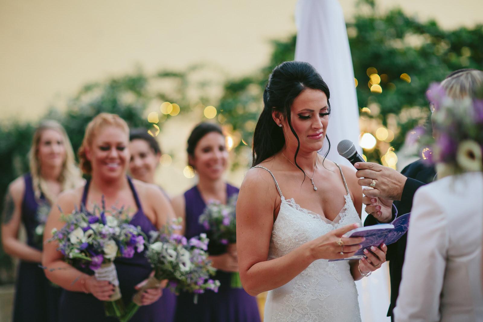 meaningful_moments_tiny_house_photo_weddings.jpg