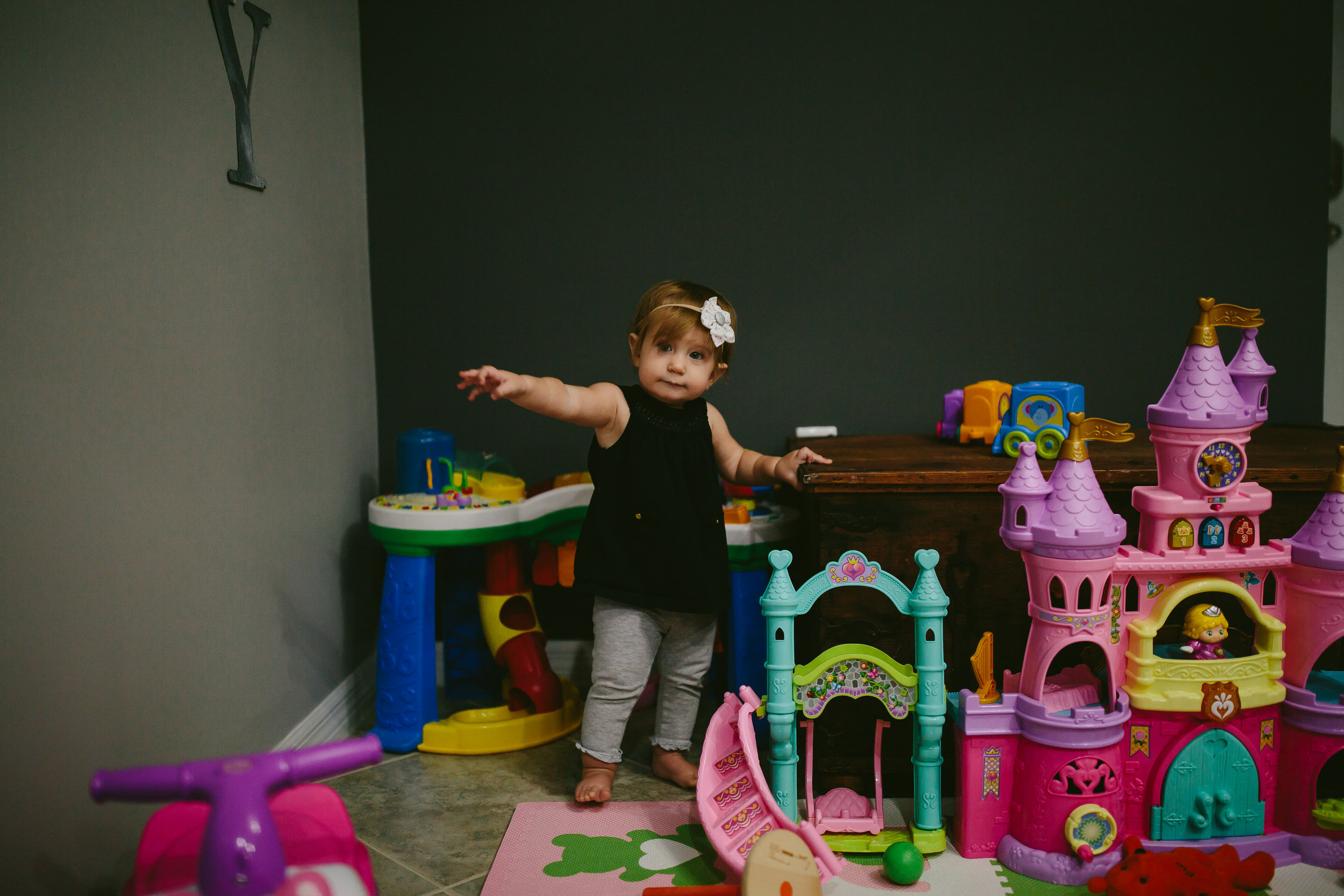 toddler-day-in-the-life-south-florida-family-photographer-tiny-house-photo-35.jpg
