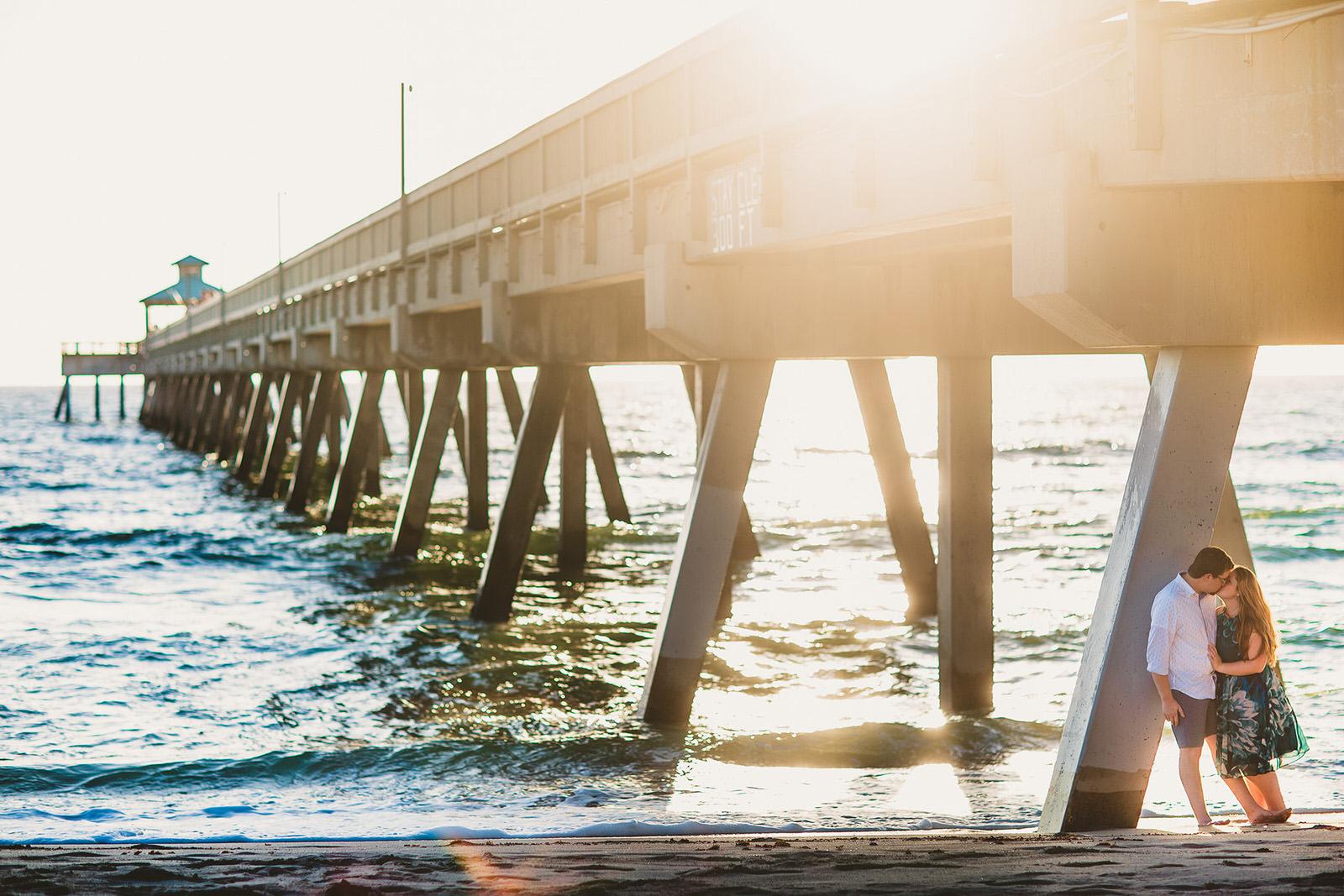 deerfield-beach-pier-engagment-session-engaged-getting-married-sunrise-beauty-ocean-beach-couple-love.jpg