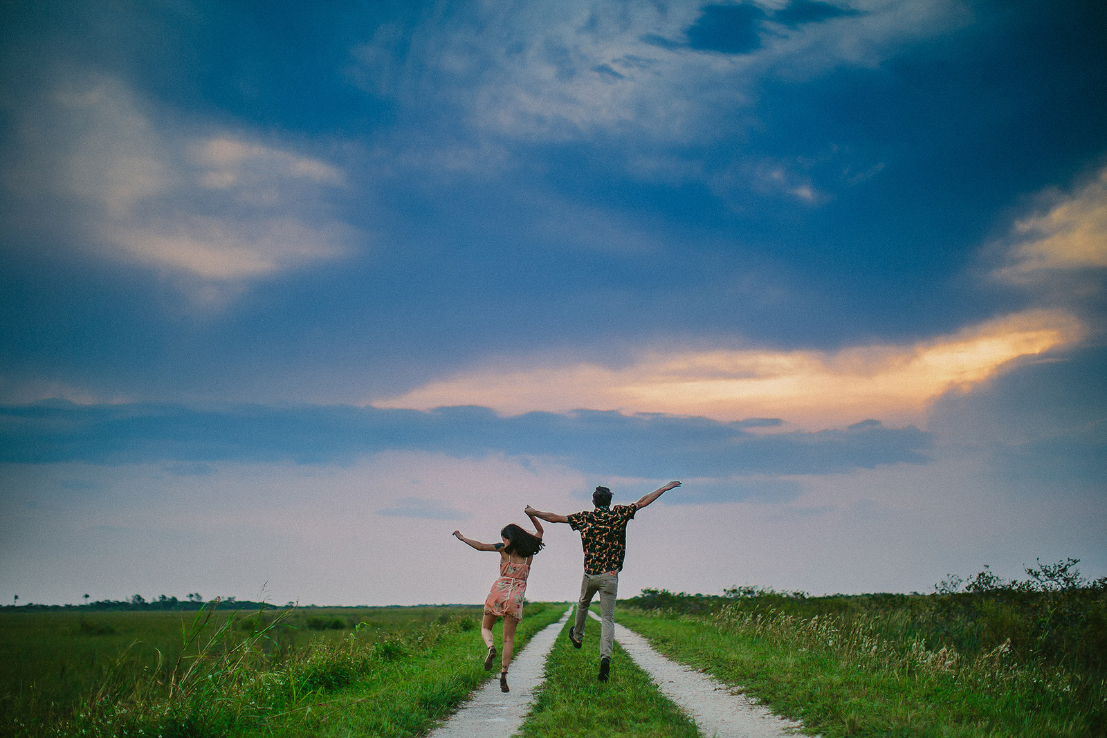 everglades-engagement-photographer-dancing-happy-couple-nature-love-authentic-real-hipster.jpg