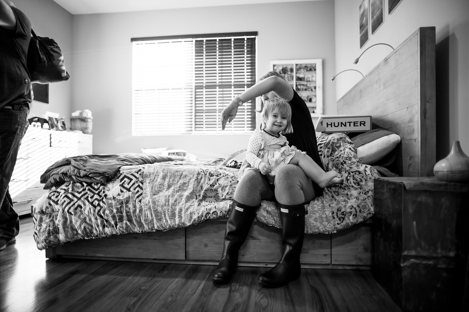 day_in_the_life_session_tiny_house_photo_family_photography-18.jpg