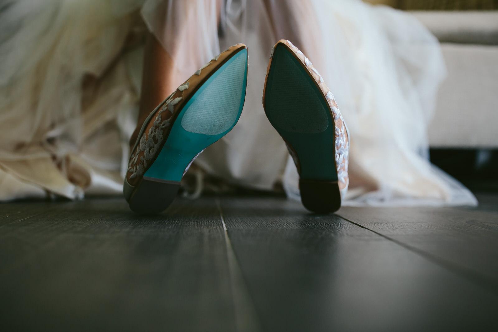 something_blue_wedding_shoes_details.jpg