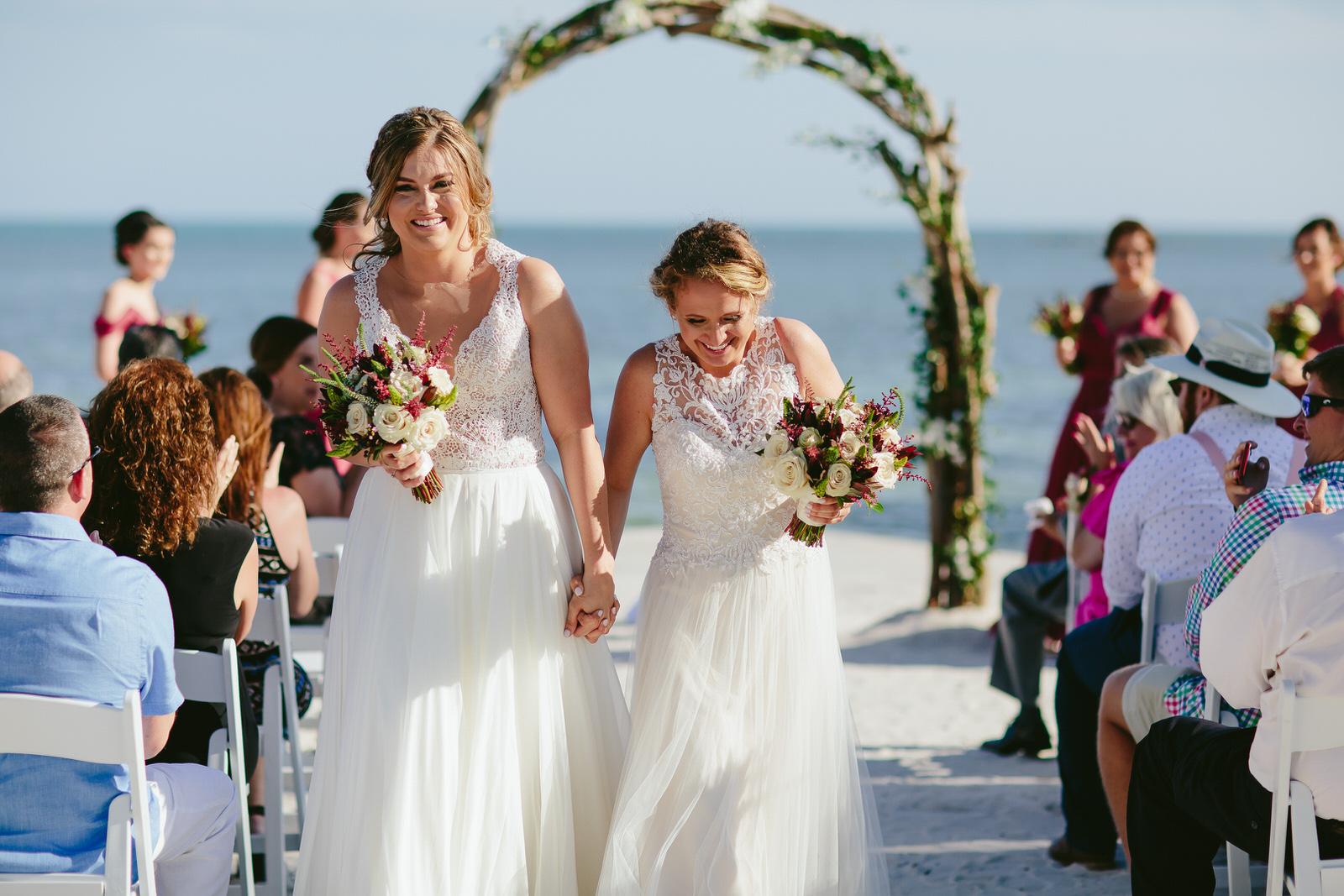destination_wedding_photographer_tiny_house_photo_gay_weddings.jpg