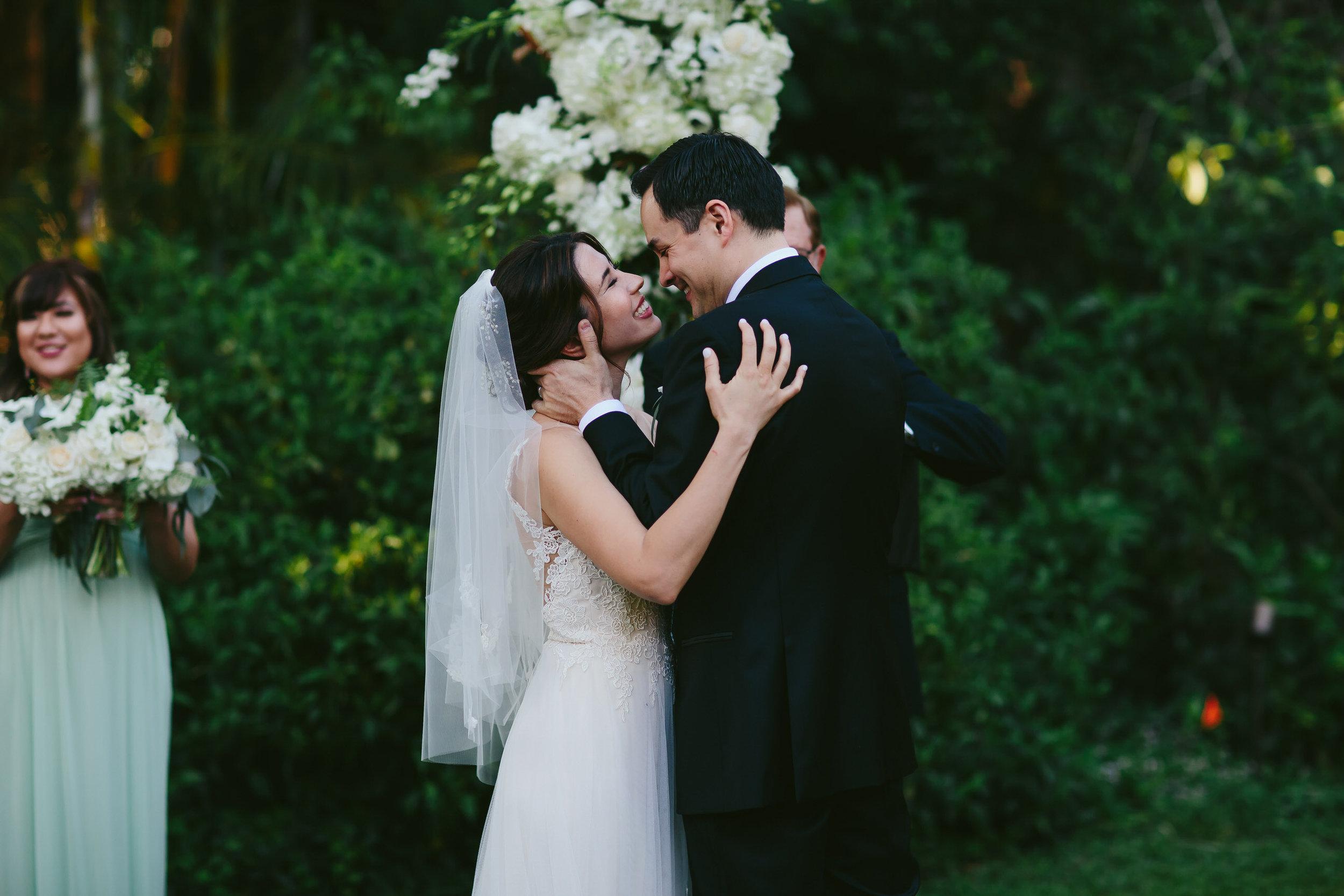 amazing_wedding_photographer_tiny_house_photo.jpg
