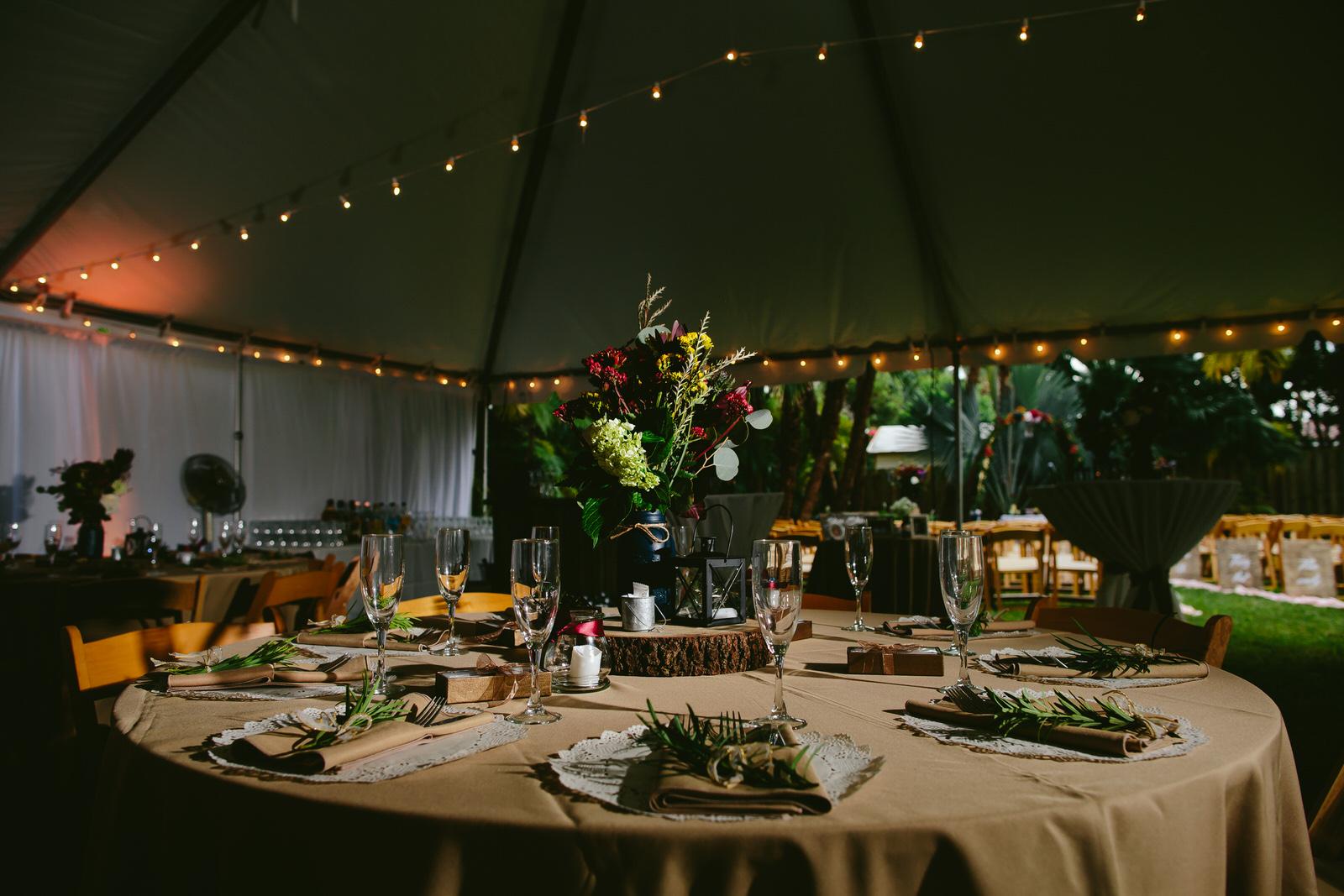 pinecrest_backyard_wedding_tiny_house_photo_candids-4.jpg