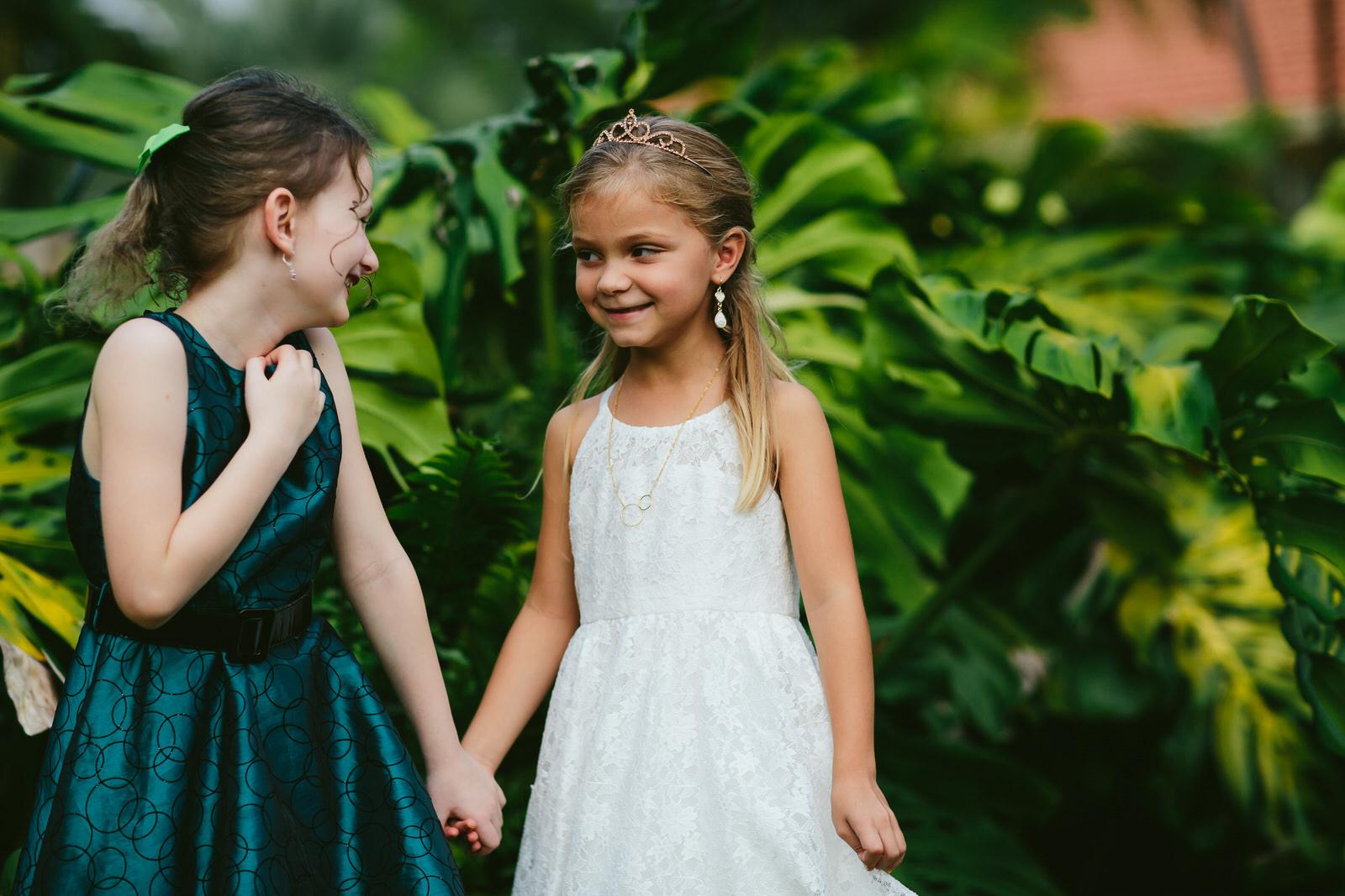 pinecrest_backyard_wedding_tiny_house_photo_candids-107.jpg