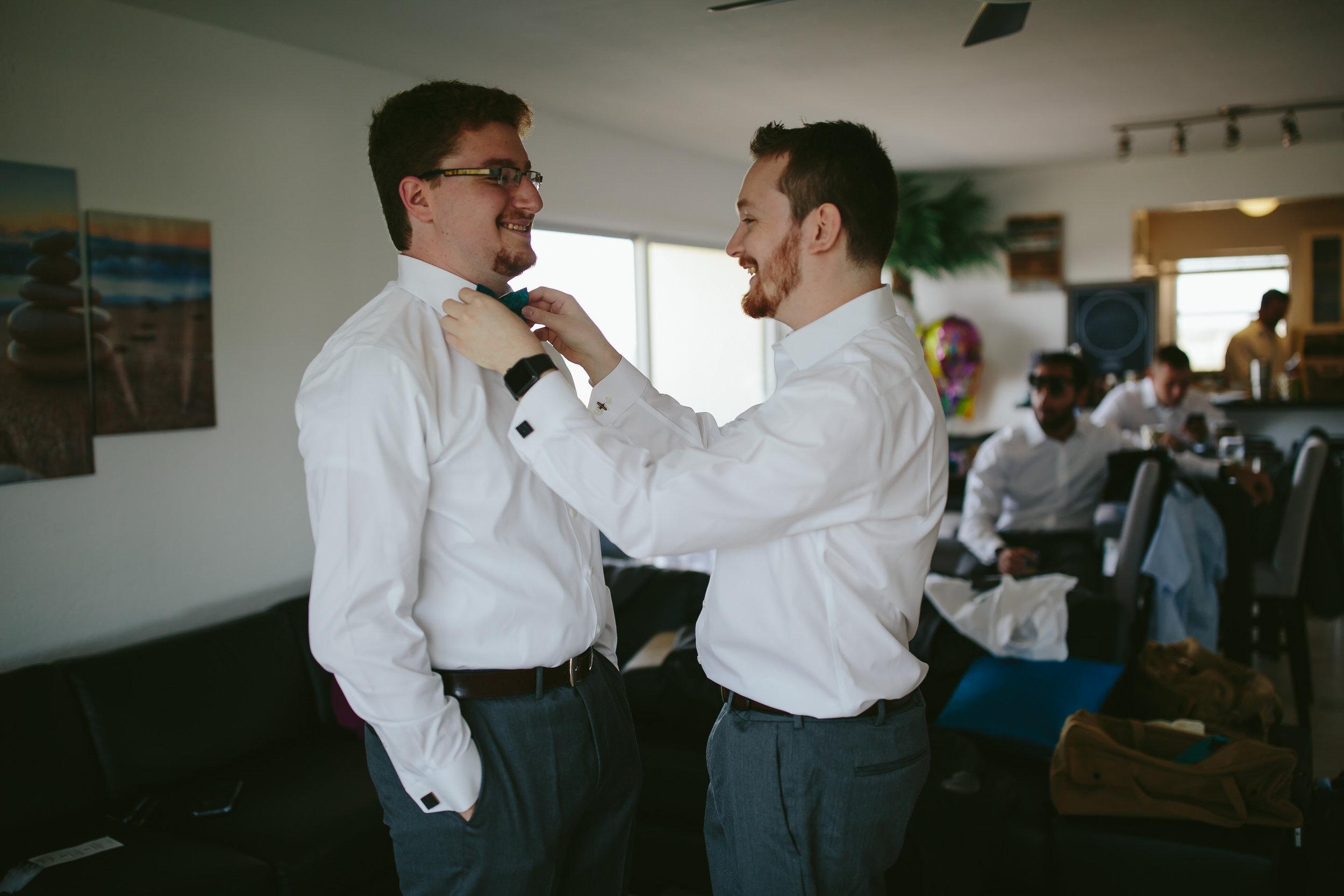groom_getting_ready_detail_steph_lynn_photo_lighthouse_point_yacht_club_wedding-21.jpg