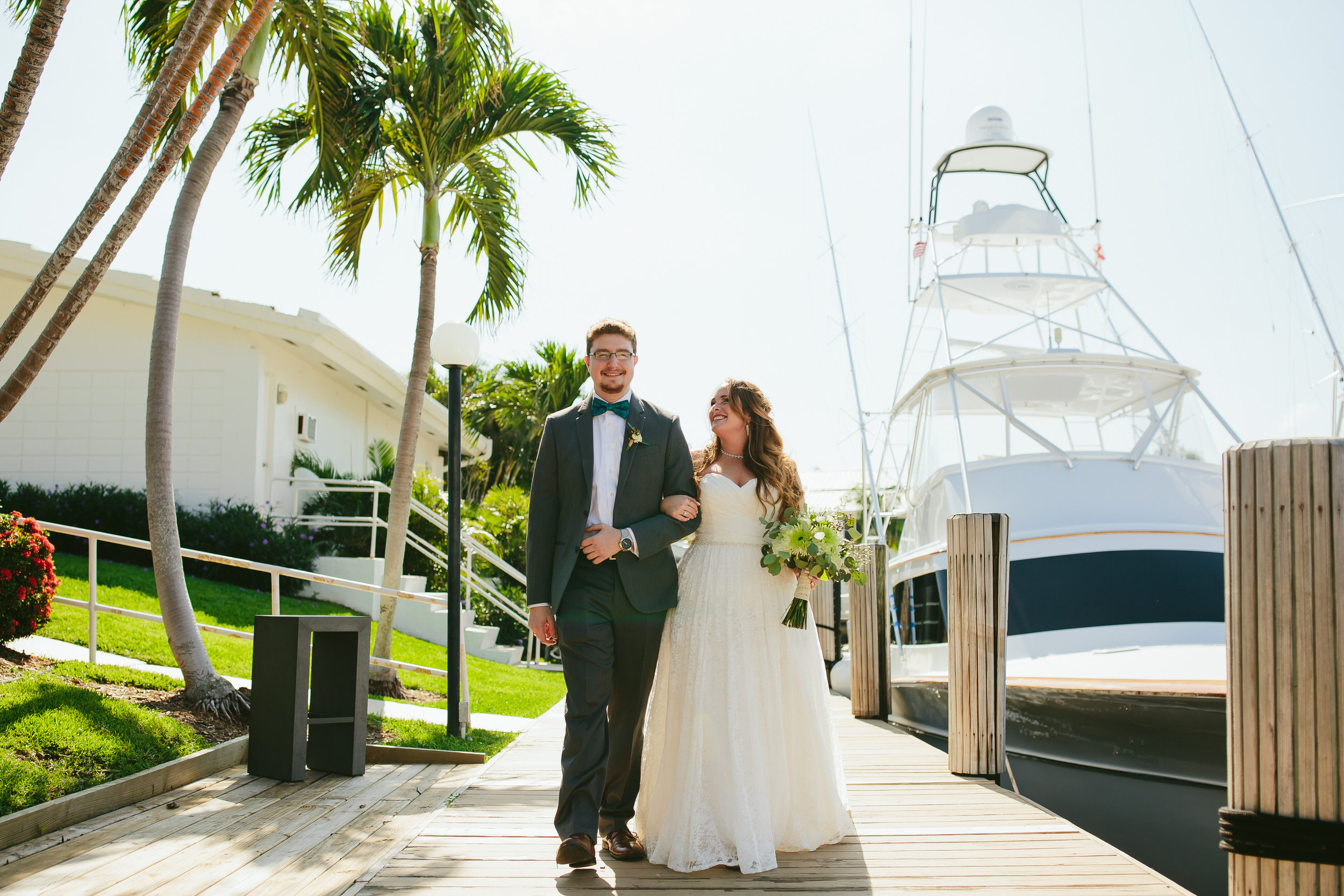 lighthouse_point_yacht_club_wedding_bride_and_groom_portraits_steph_lynn_photo-14.jpg