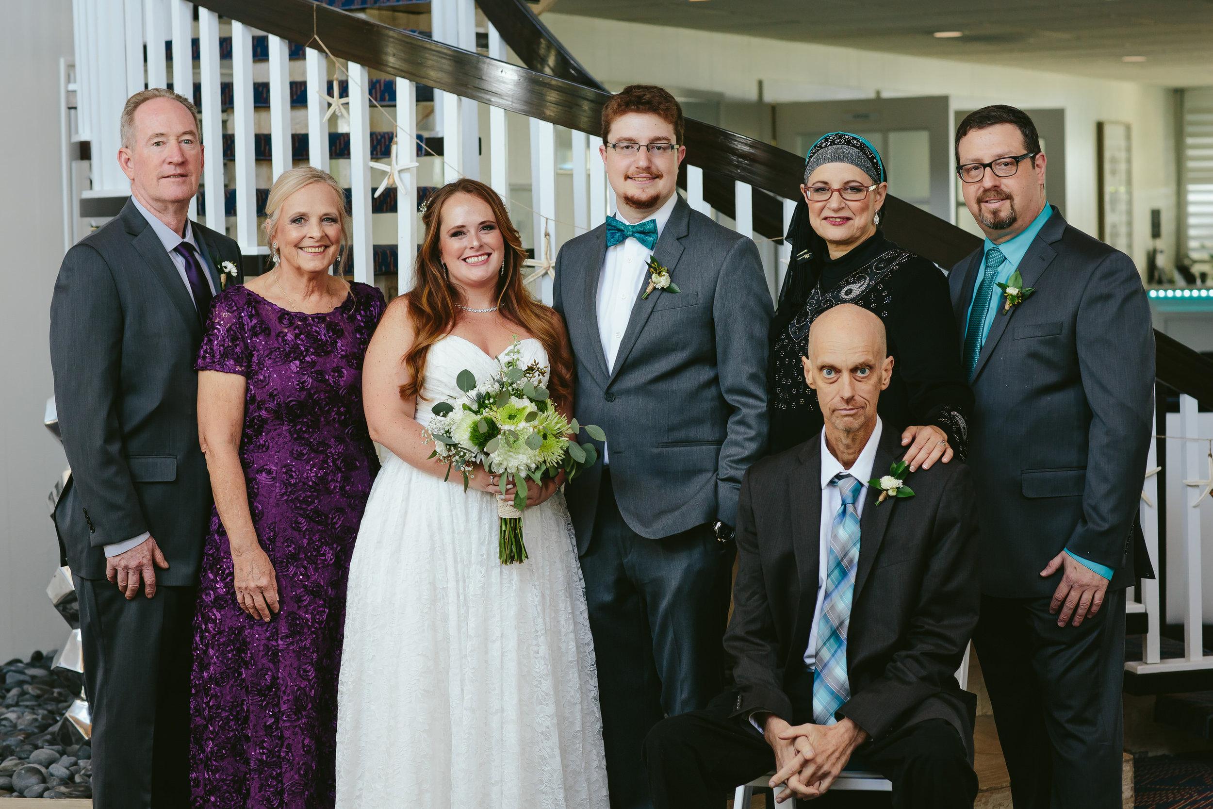 lighthouse_point_yacht_club_wedding_family_formals_steph_lynn_photo-18.jpg