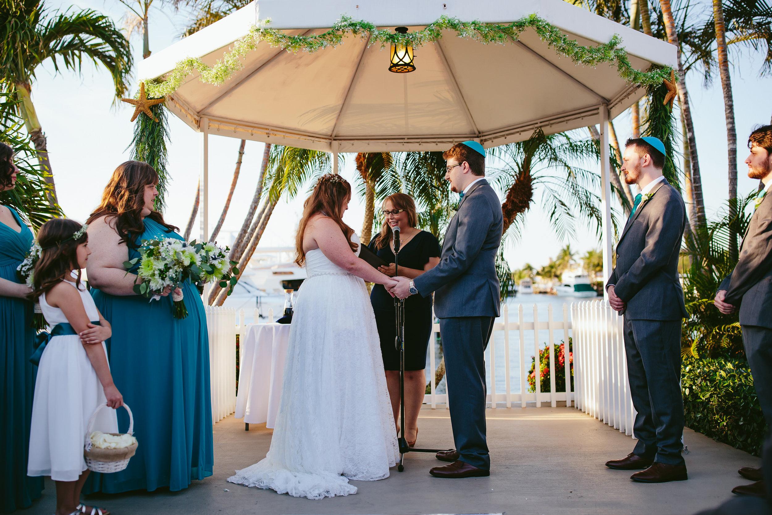 lighthouse_point_yacht_club_wedding_ceremony_steph_lynn_photo-162.jpg