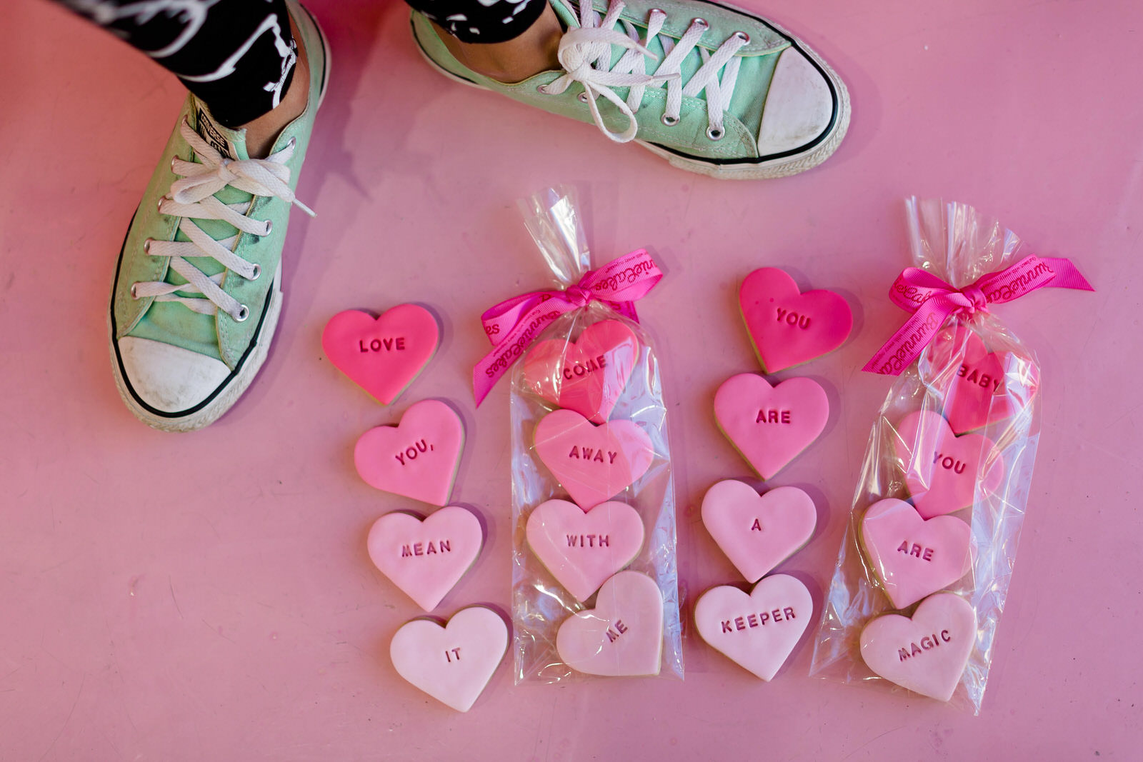 lifestyle_session_converse_cookies_wynwood.jpg