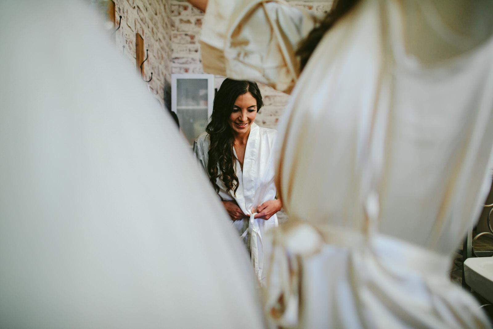getting_ready_salon_wedding_day_stuart_wedding_photographer-121.jpg