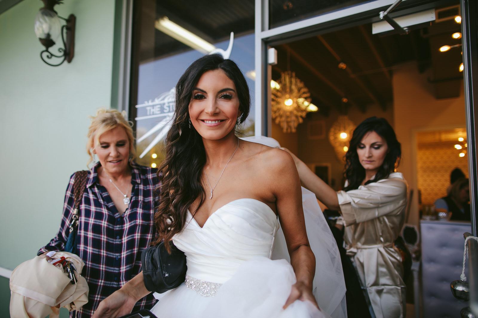getting_ready_salon_wedding_day_stuart_wedding_photographer-179.jpg