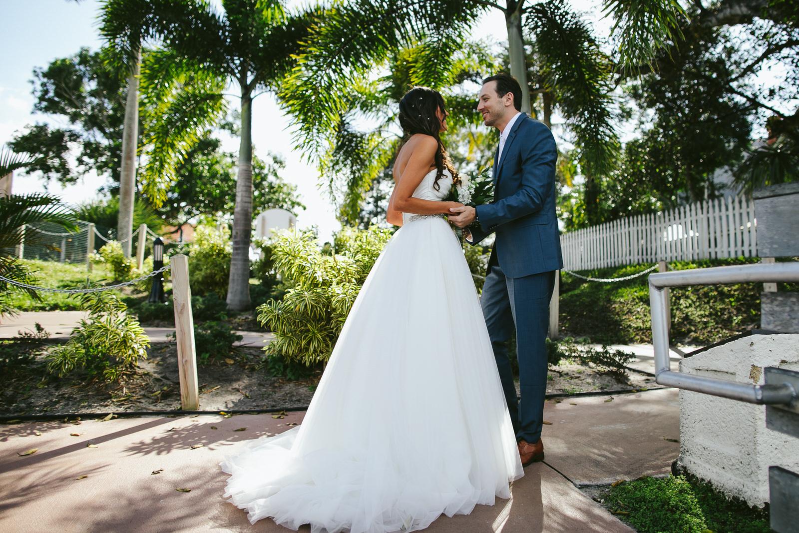 bride_and_groom_jensen_beach_wedding_day-22.jpg