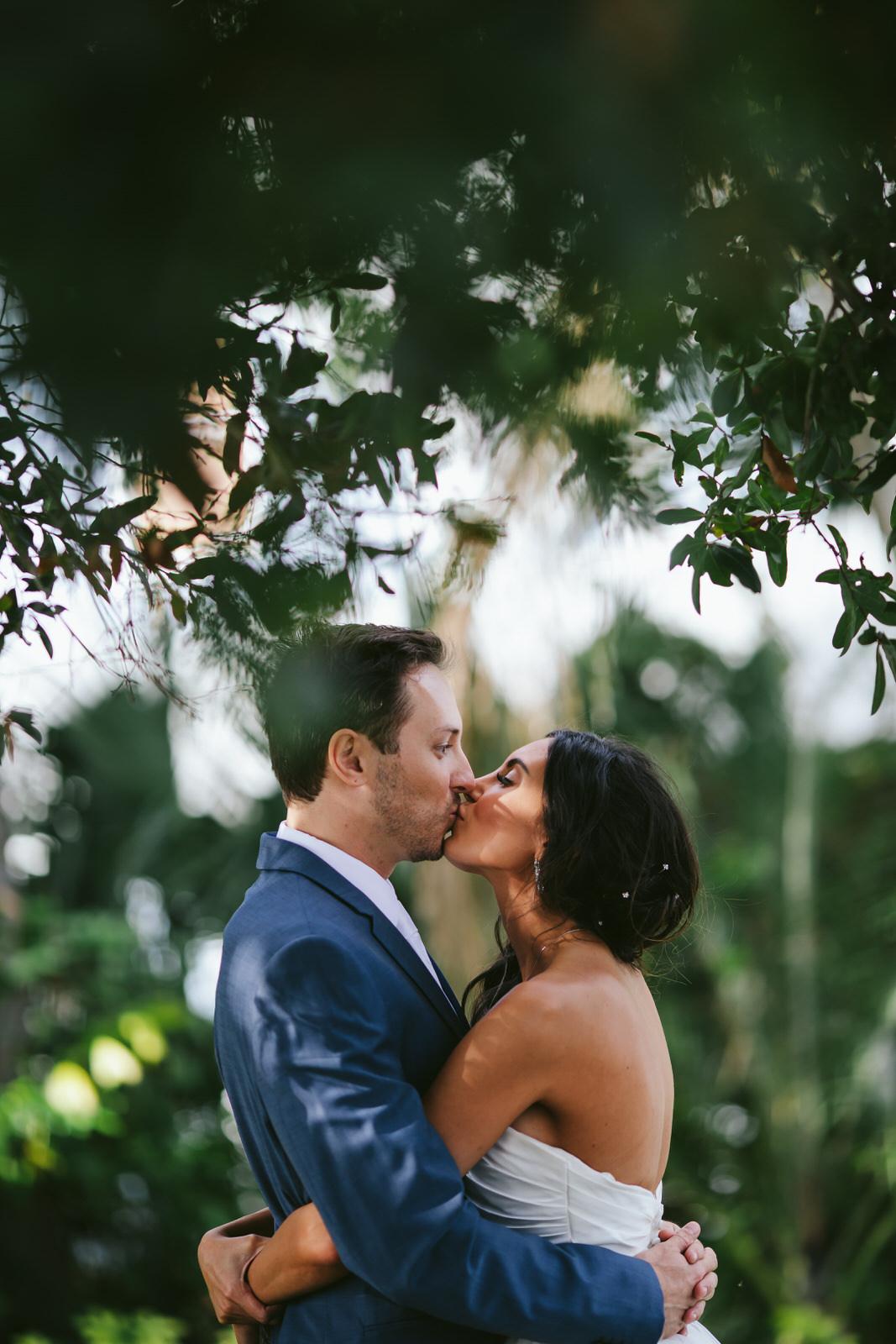 bride_and_groom_jensen_beach_wedding_day-104.jpg