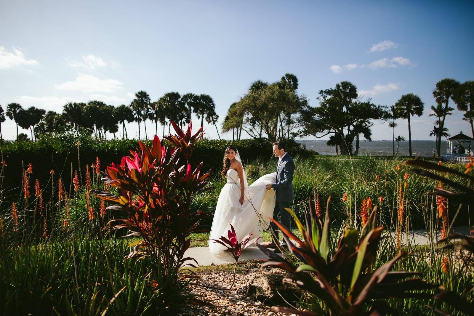 bride_and_groom_jensen_beach_wedding_day-139.jpg