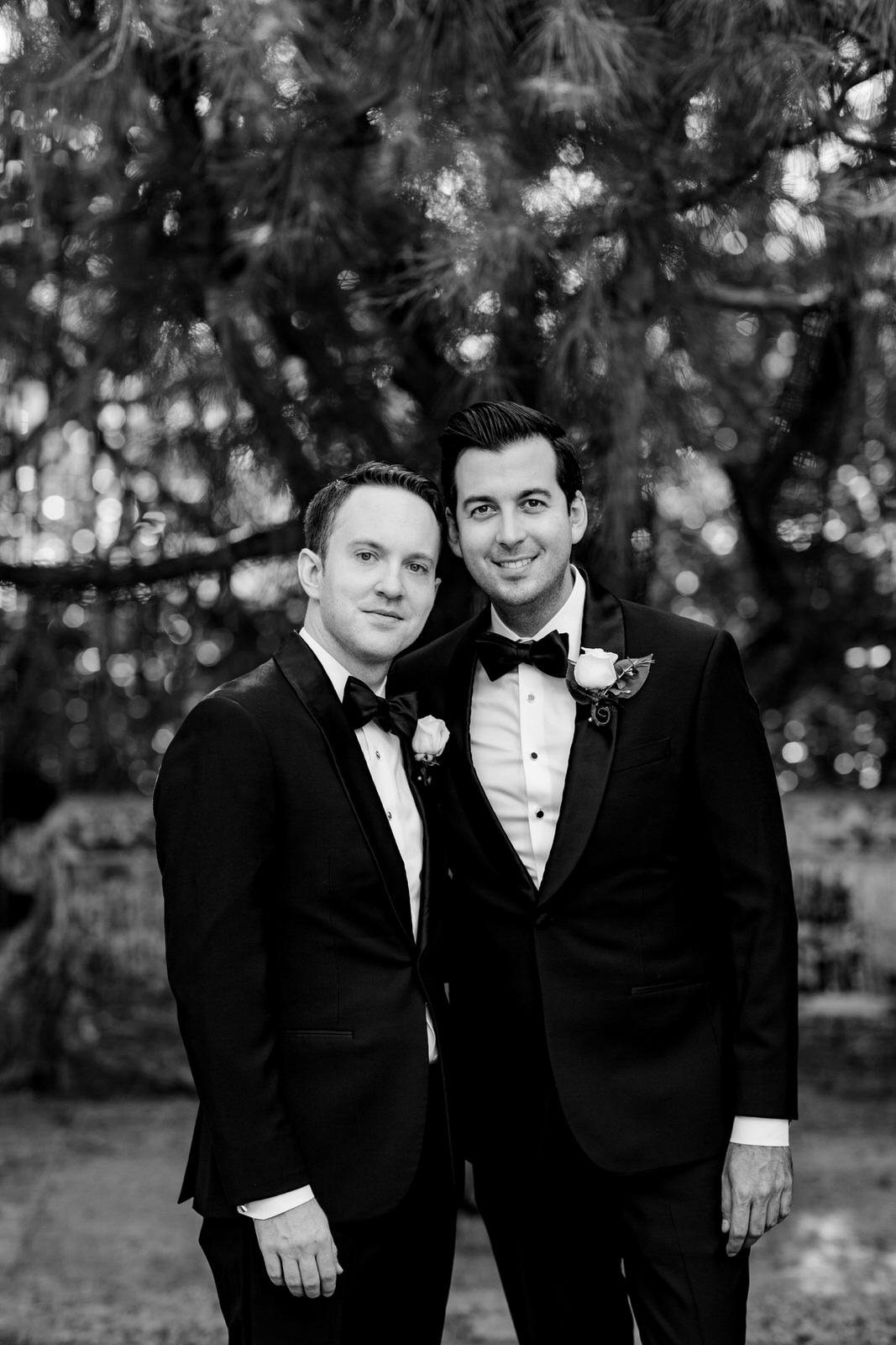 vizcaya_elopement_intimate_wedding_groom_portraits-2.jpg