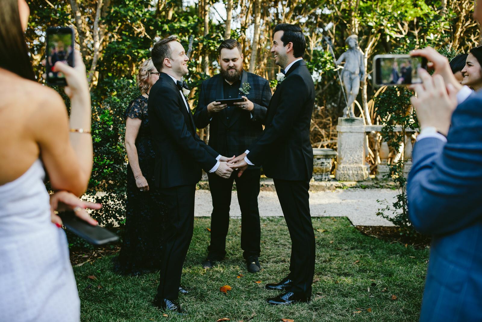 vizcaya_elopement_intimate_wedding_ceremony-23.jpg