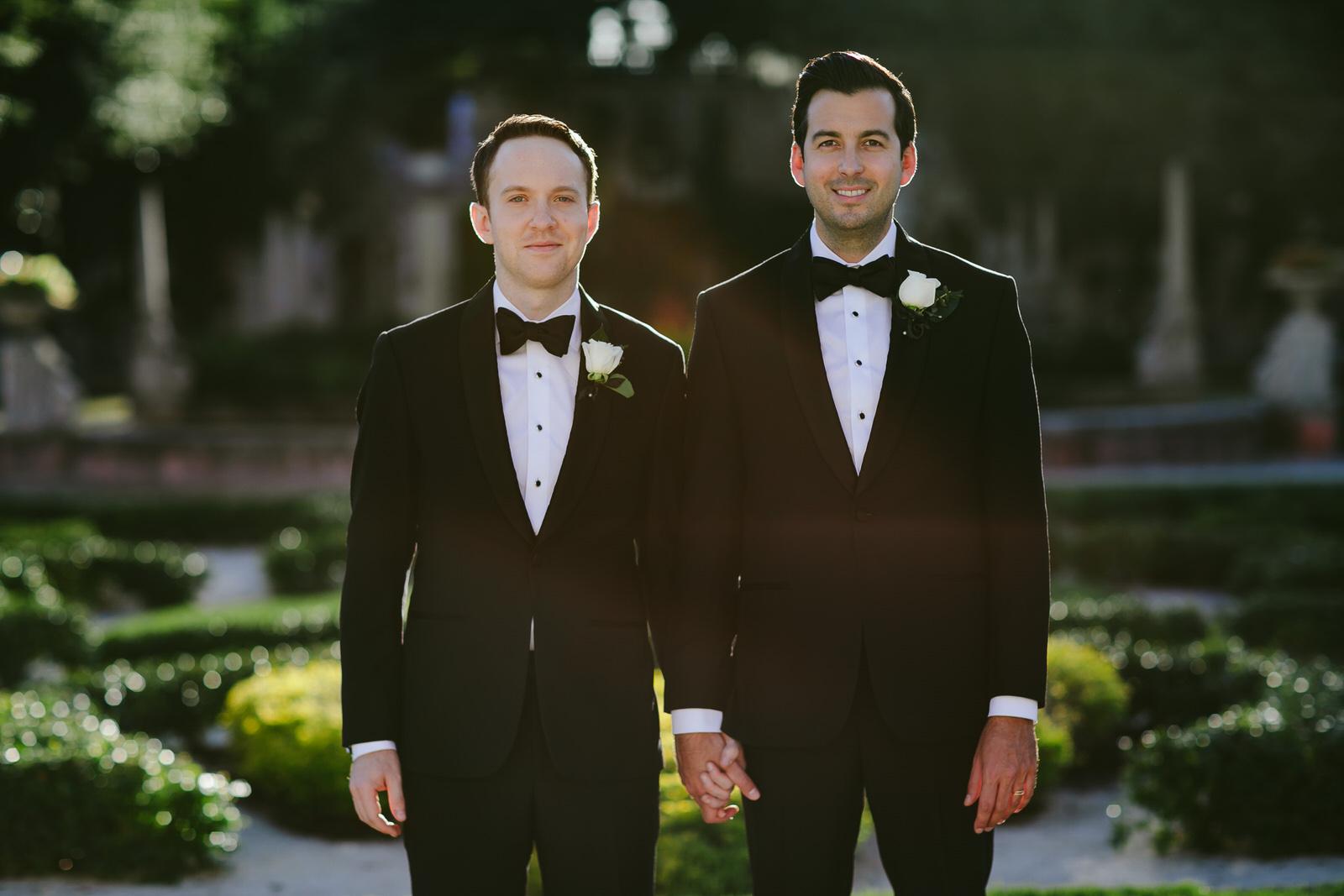 vizcaya_elopement_intimate_wedding_groom_portraits_after_ceremony-60.jpg