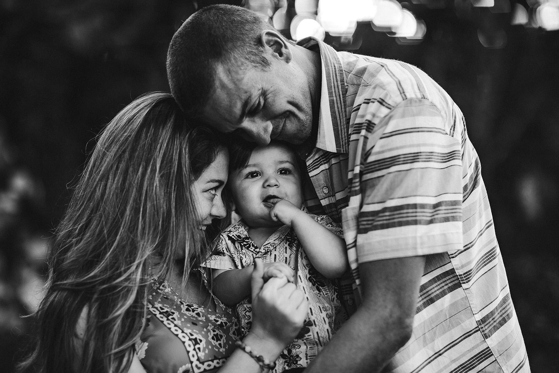 broward-family-photographer-emotion-unposed-beautiful-love.jpg