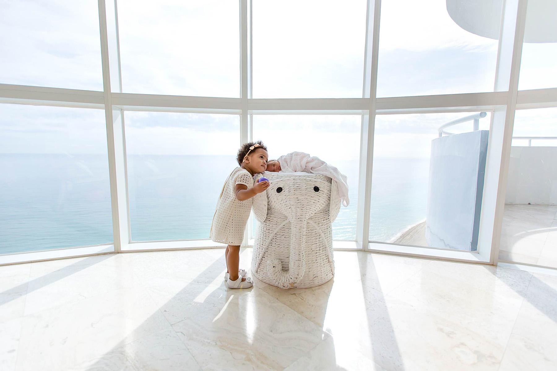 miami-highrise-newborn-photography-epic-amazing-portraits.jpg