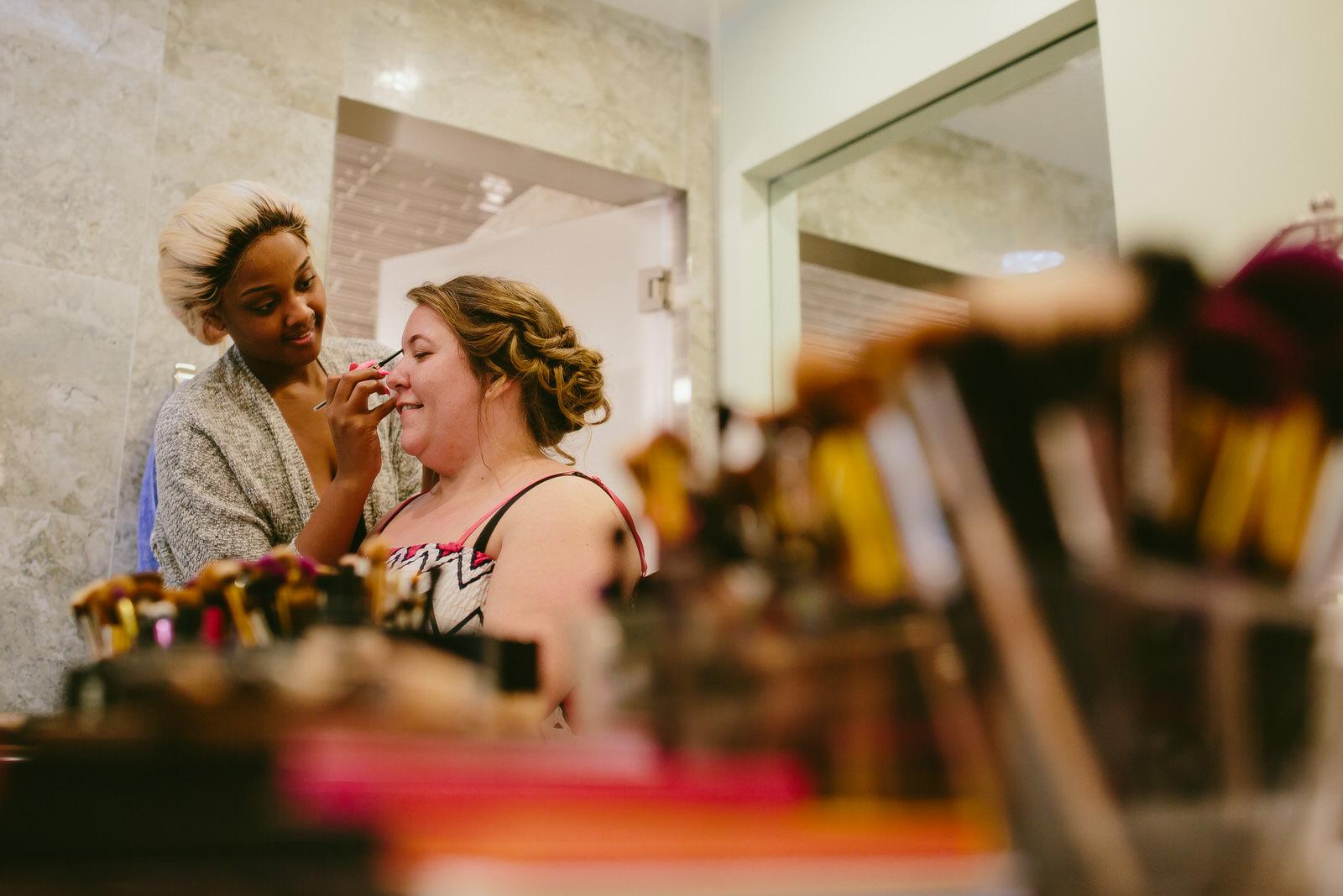 makeup-tiny-house-photo-getting-ready-florida-wedding.jpg