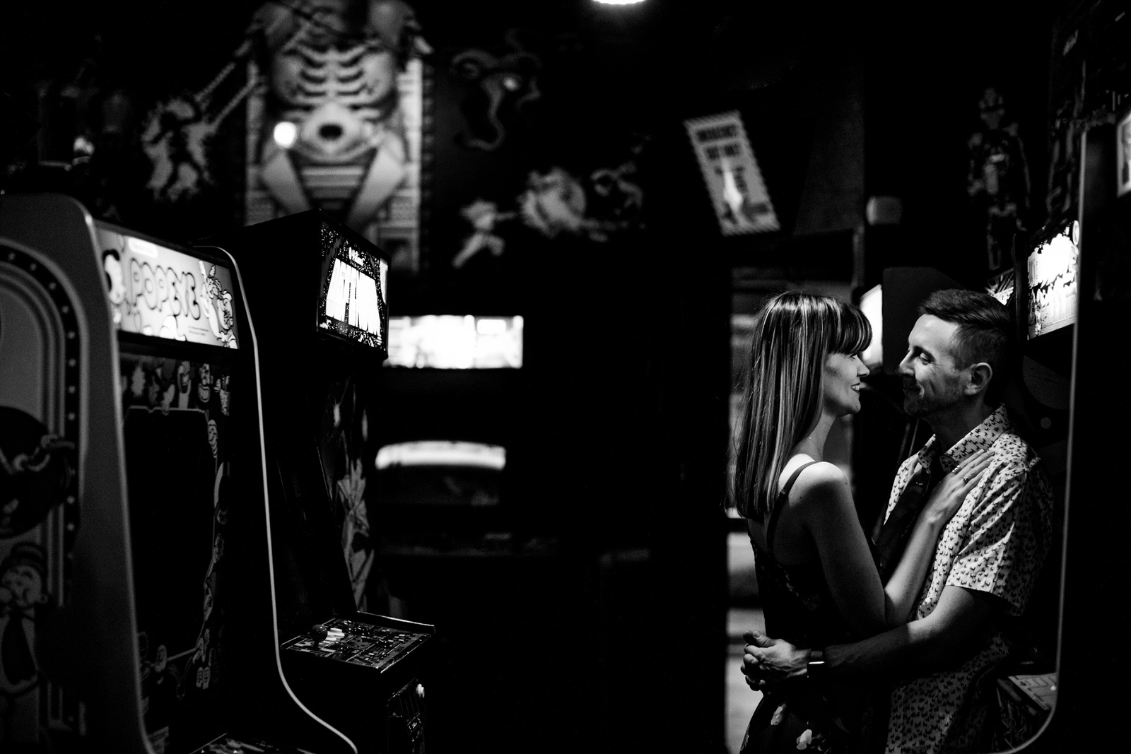 Arcade-Engagement-Session-Player-One-Orlando-Tiny-House-Photo-12.jpg